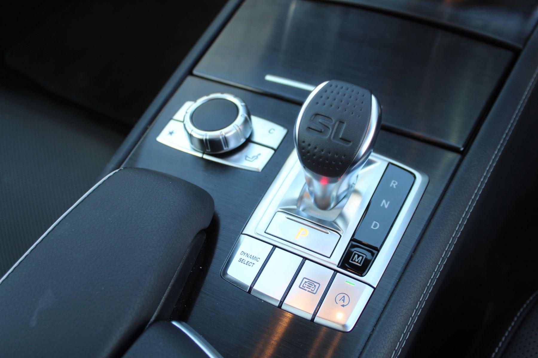 Mercedes-Benz SL SL 400 AMG Line Premium 2dr 9G-Tronic image 13