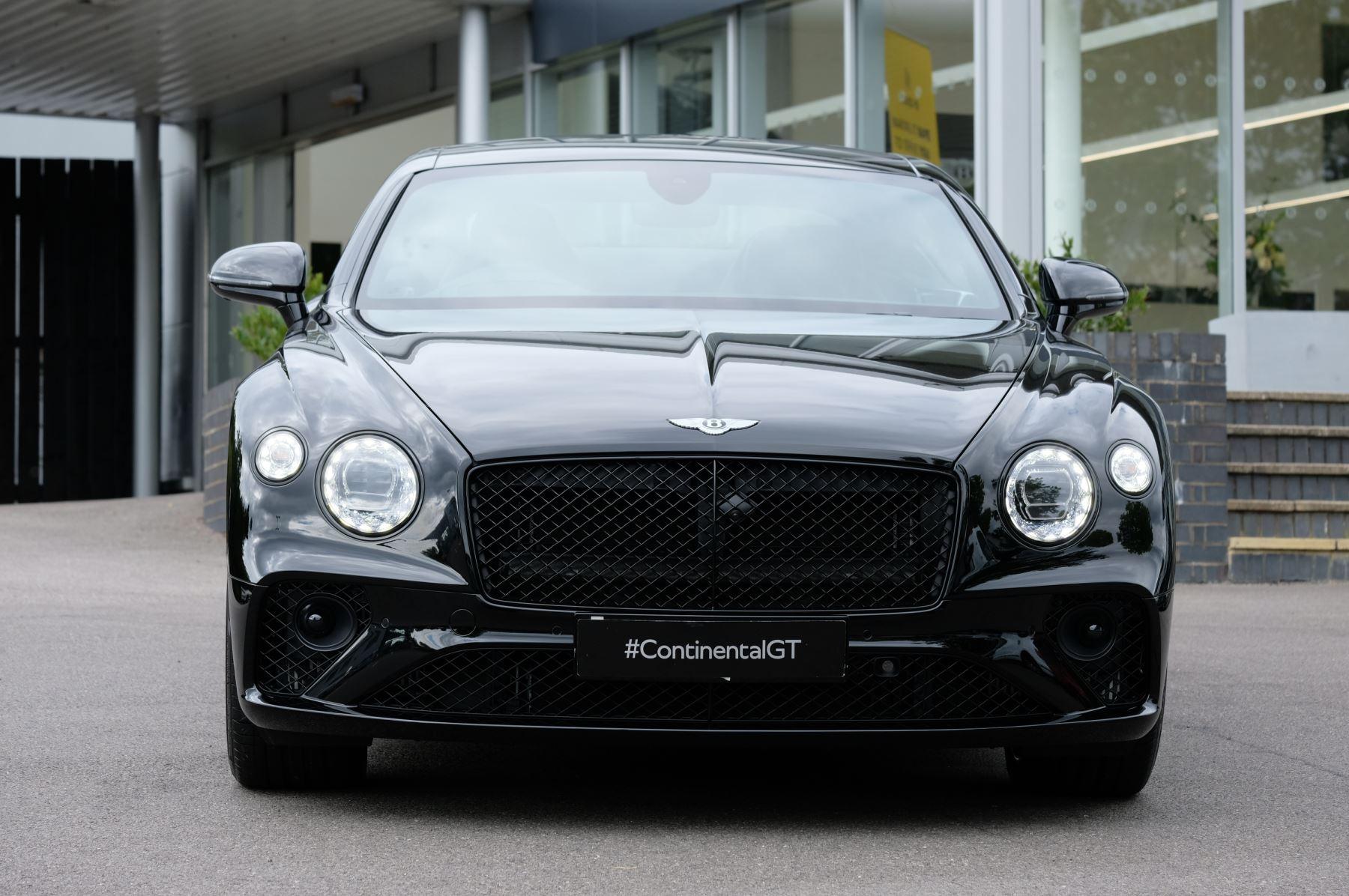 Bentley Continental GT V8 Mulliner Driving Specification image 3
