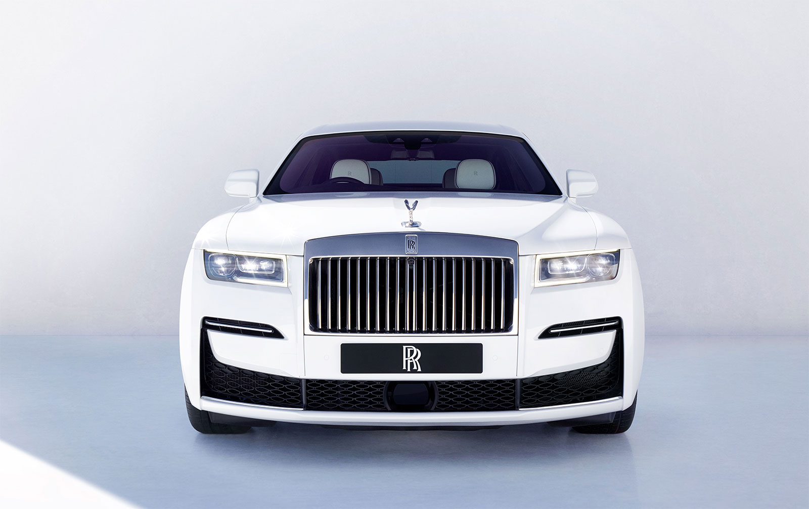 Rolls-Royce Ghost - A vision beyond the veil