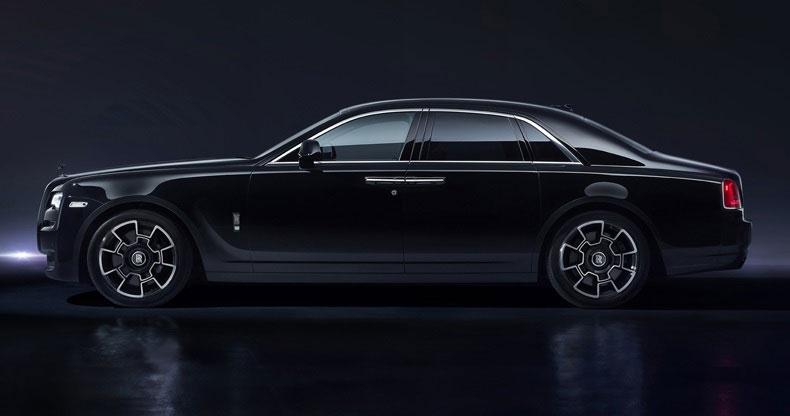 Rolls-Royce Black Badge Ghost - Reveals its dark side
