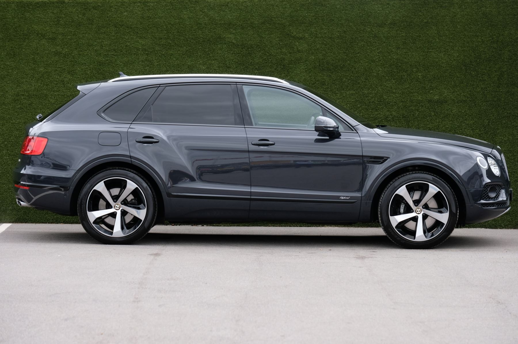Bentley Bentayga Hybrid 3.0 V6 5dr image 3