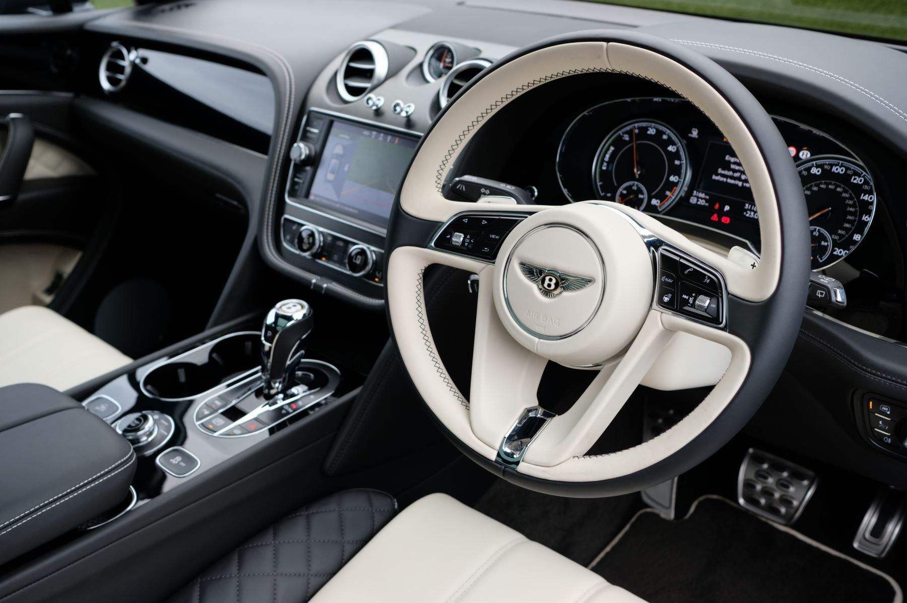 Bentley Bentayga Hybrid 3.0 V6 5dr image 12