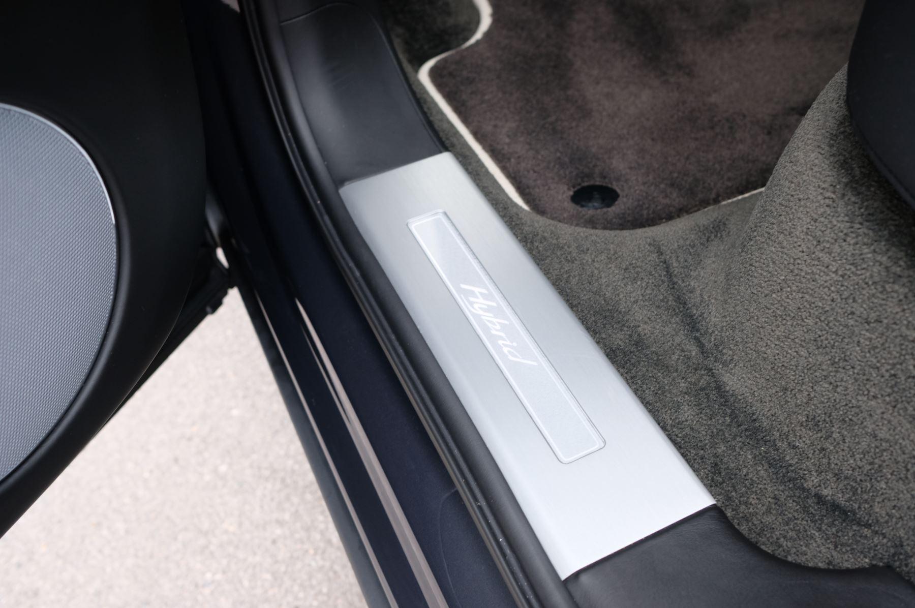 Bentley Bentayga Hybrid 3.0 V6 5dr image 22