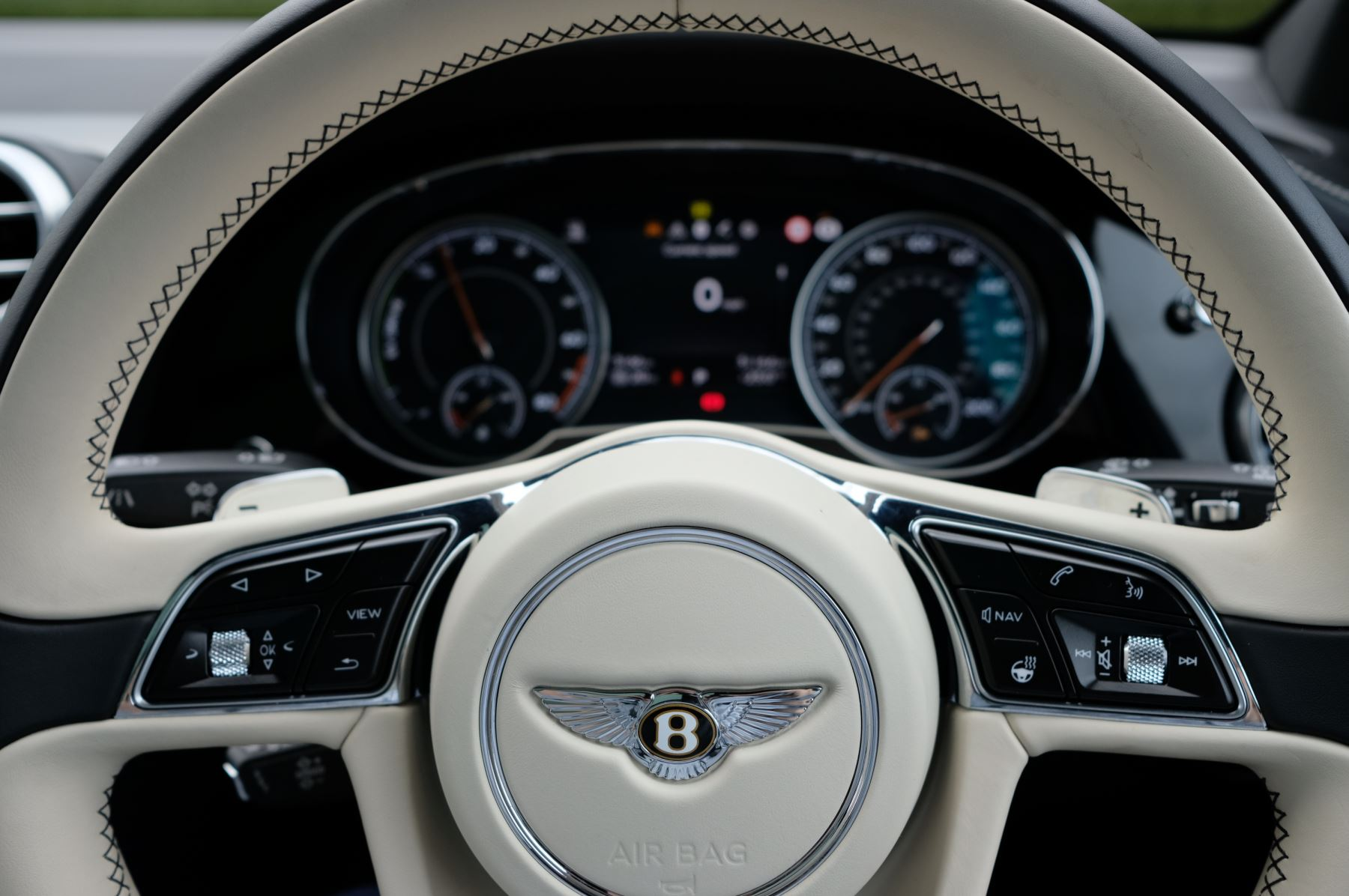 Bentley Bentayga Hybrid 3.0 V6 5dr image 26