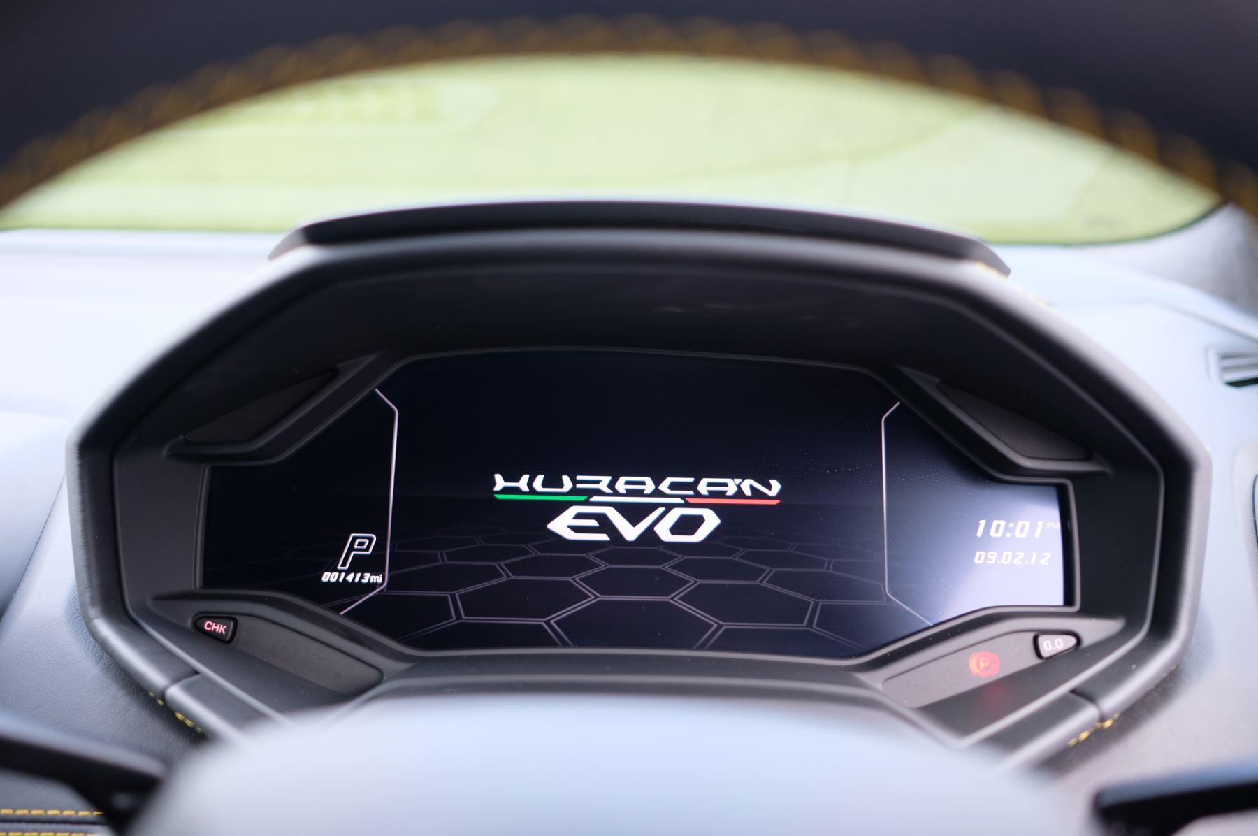 Lamborghini Huracan EVO LP 640-4 image 14