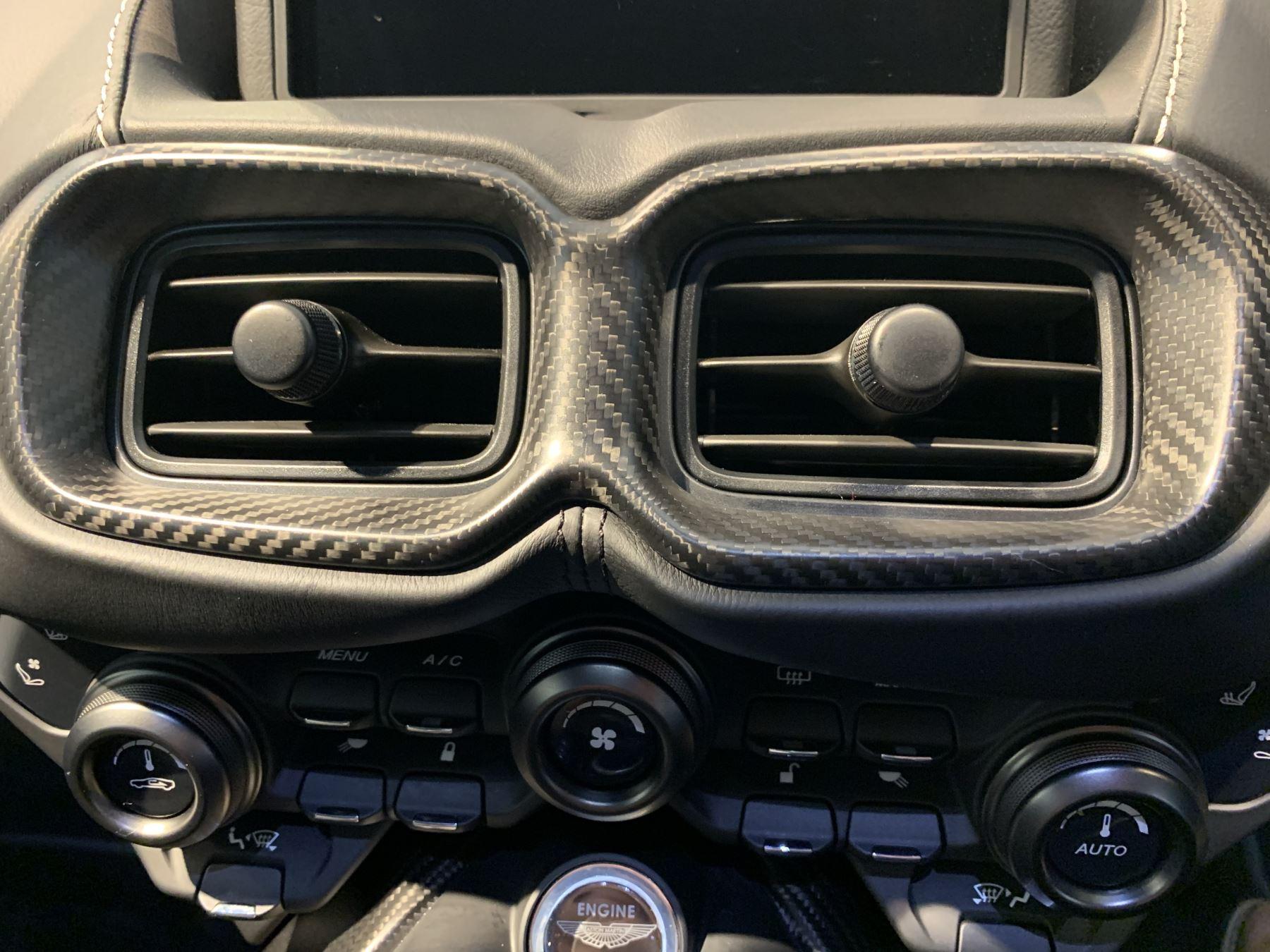 Aston Martin New Vantage 2dr ZF 8 Speed image 28