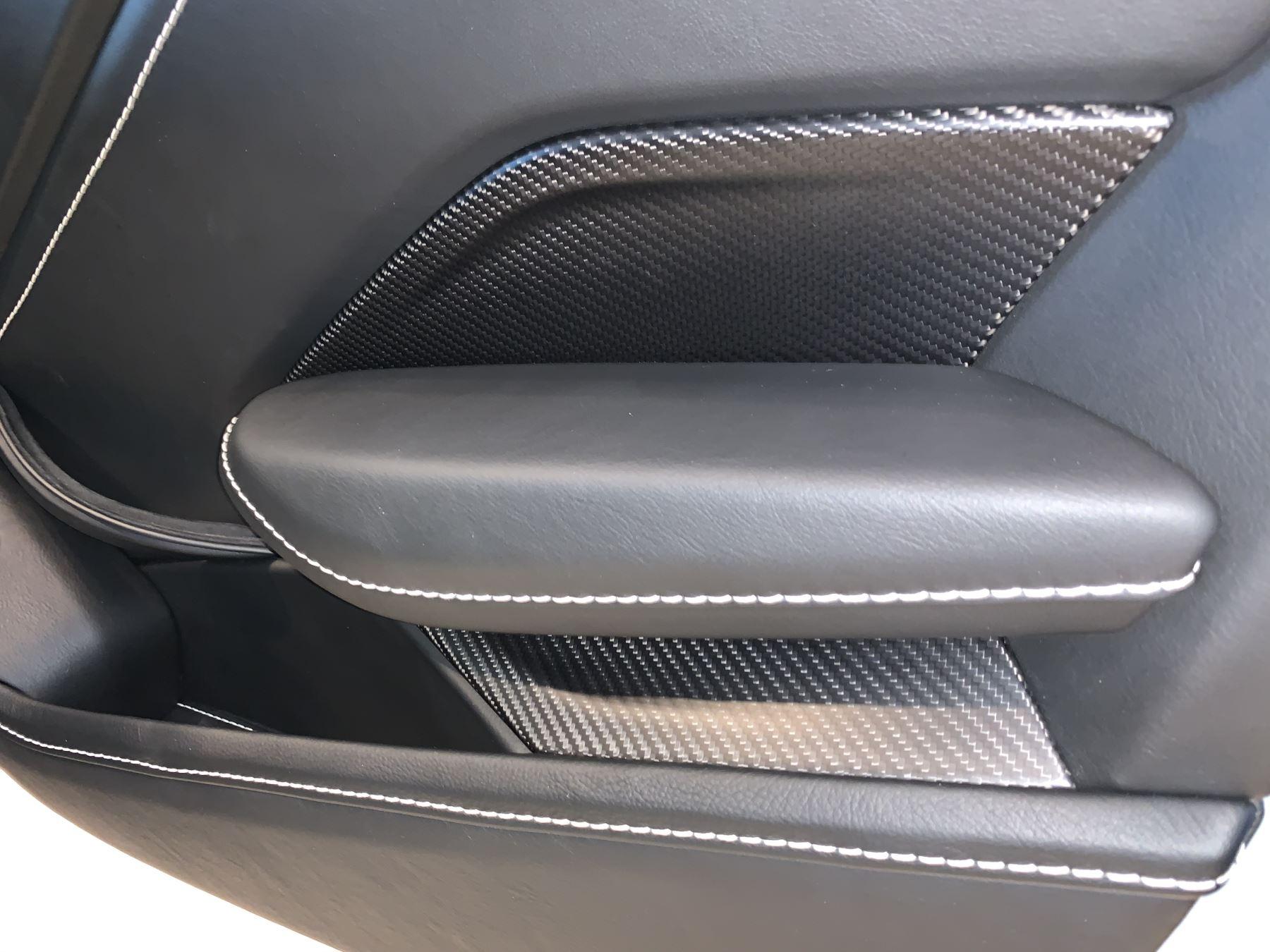 Aston Martin New Vantage 2dr ZF 8 Speed image 35