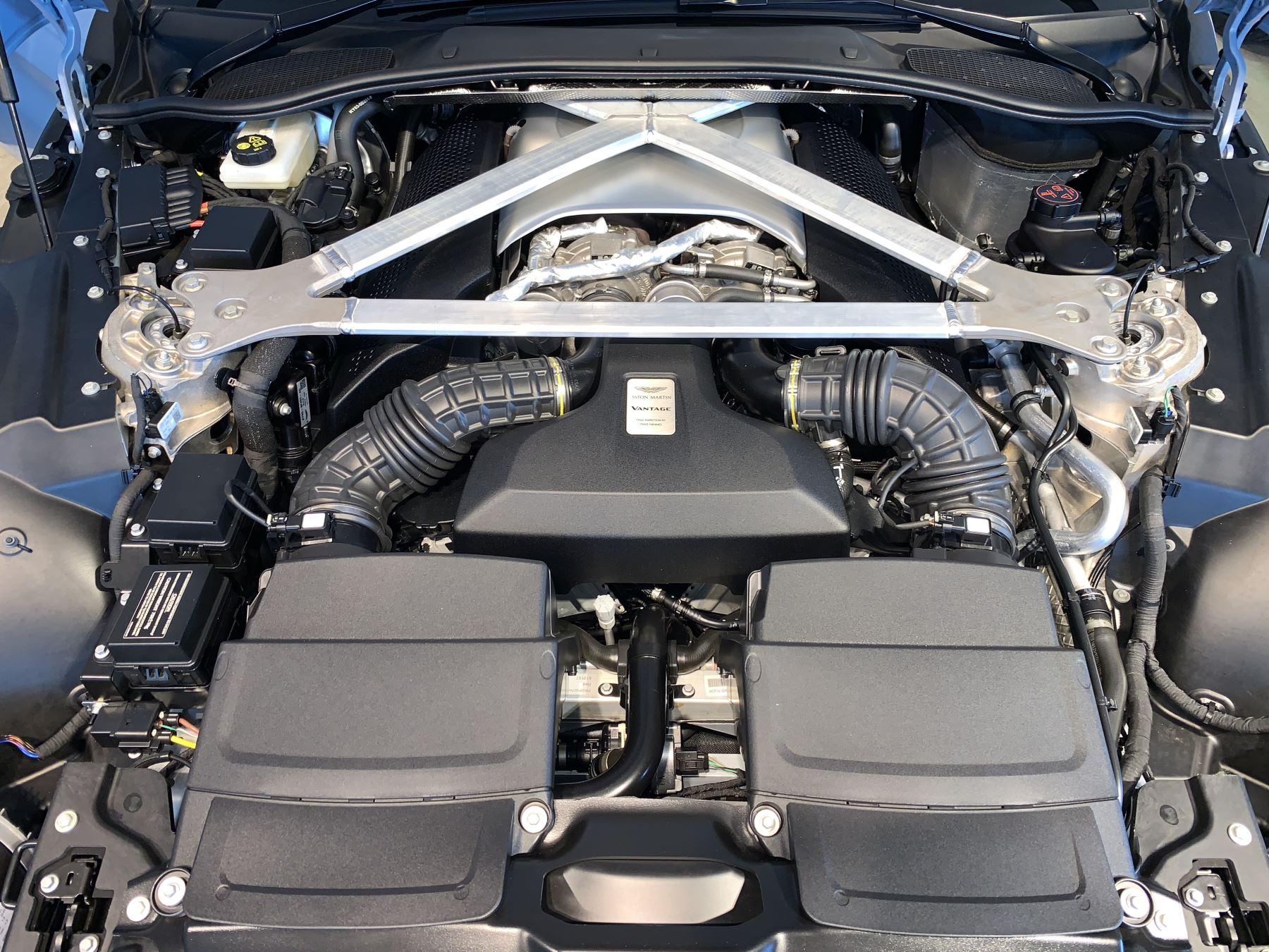 Aston Martin New Vantage 2dr ZF 8 Speed image 39