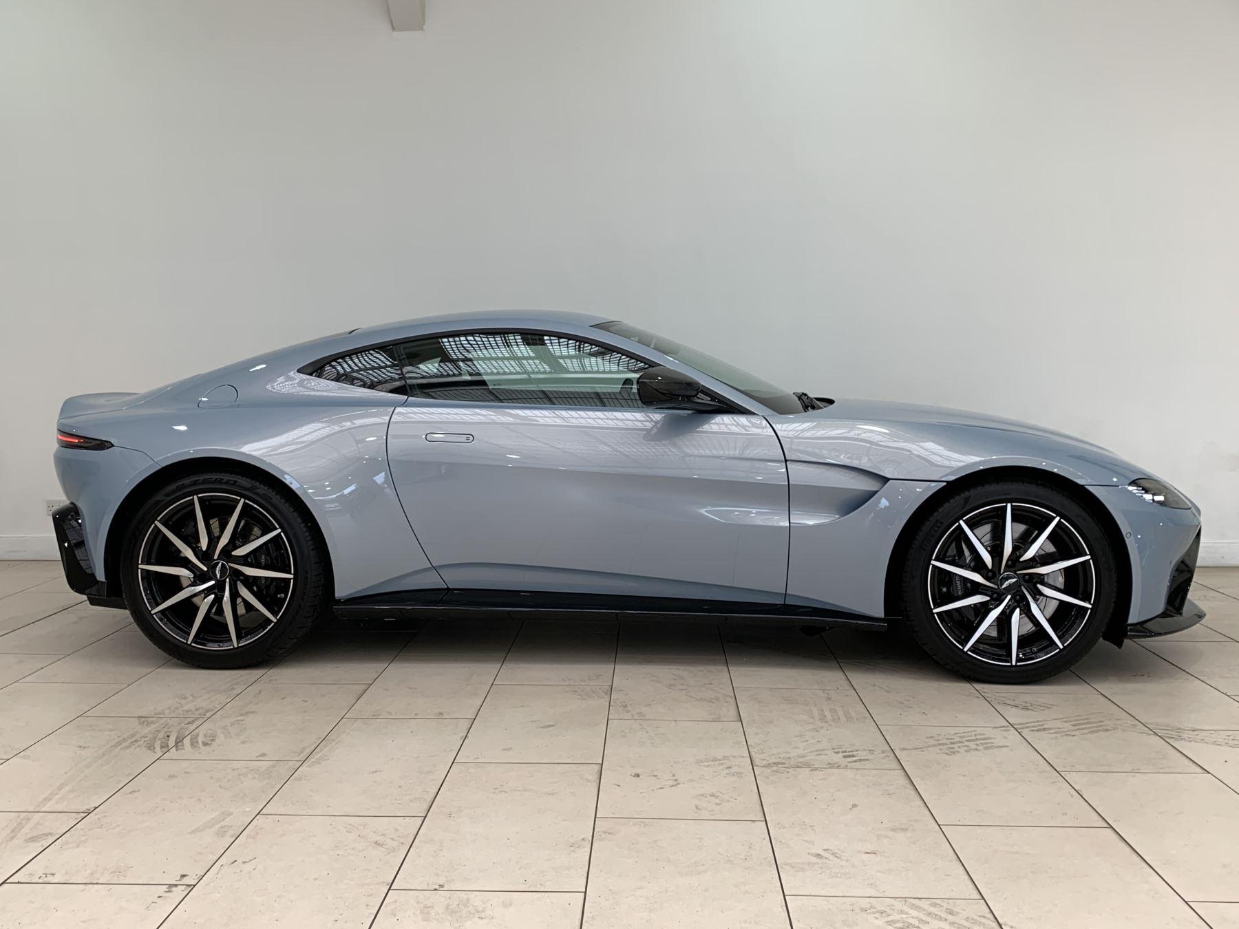 Aston Martin New Vantage 2dr ZF 8 Speed image 2
