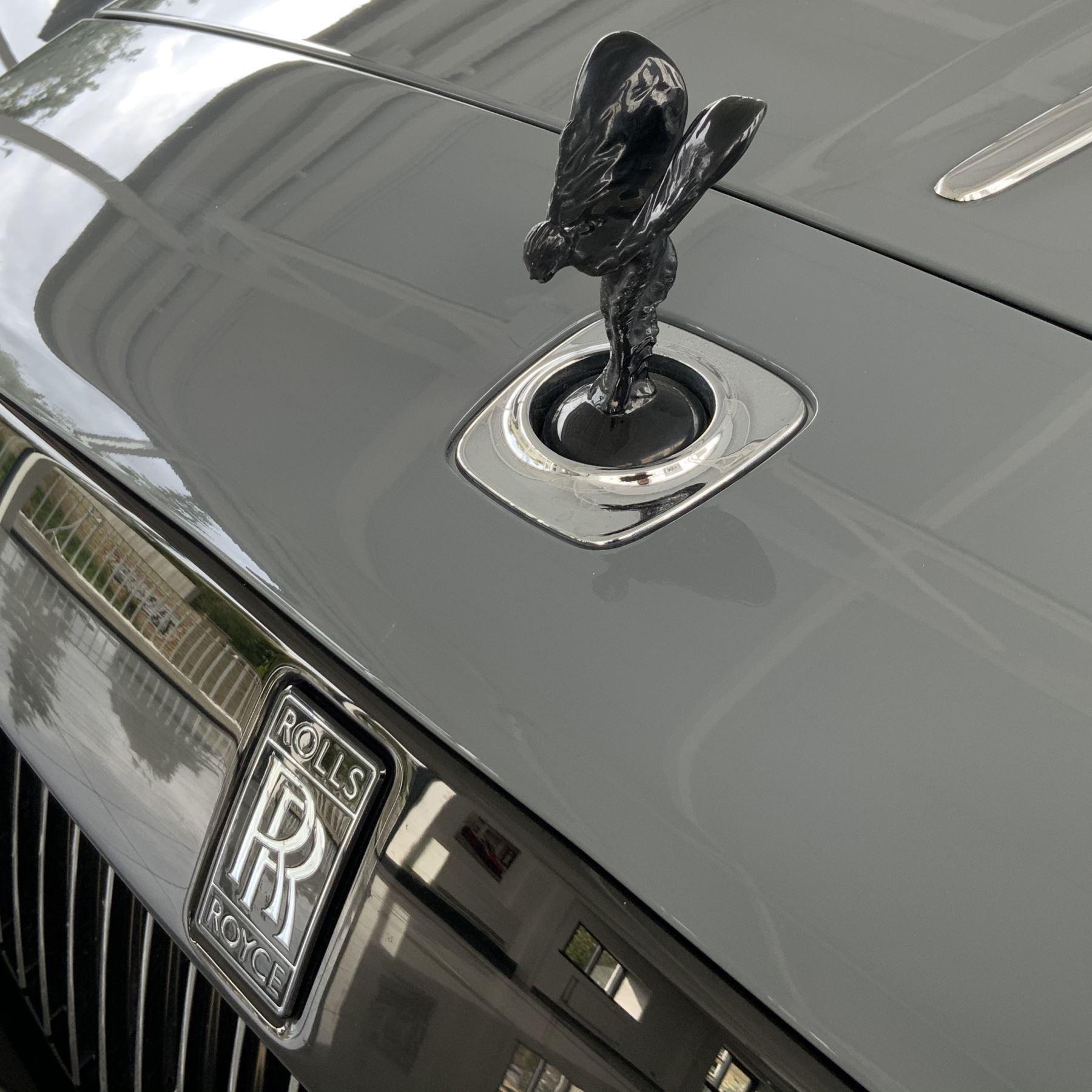 Rolls-Royce Black Badge Wraith V12 image 11