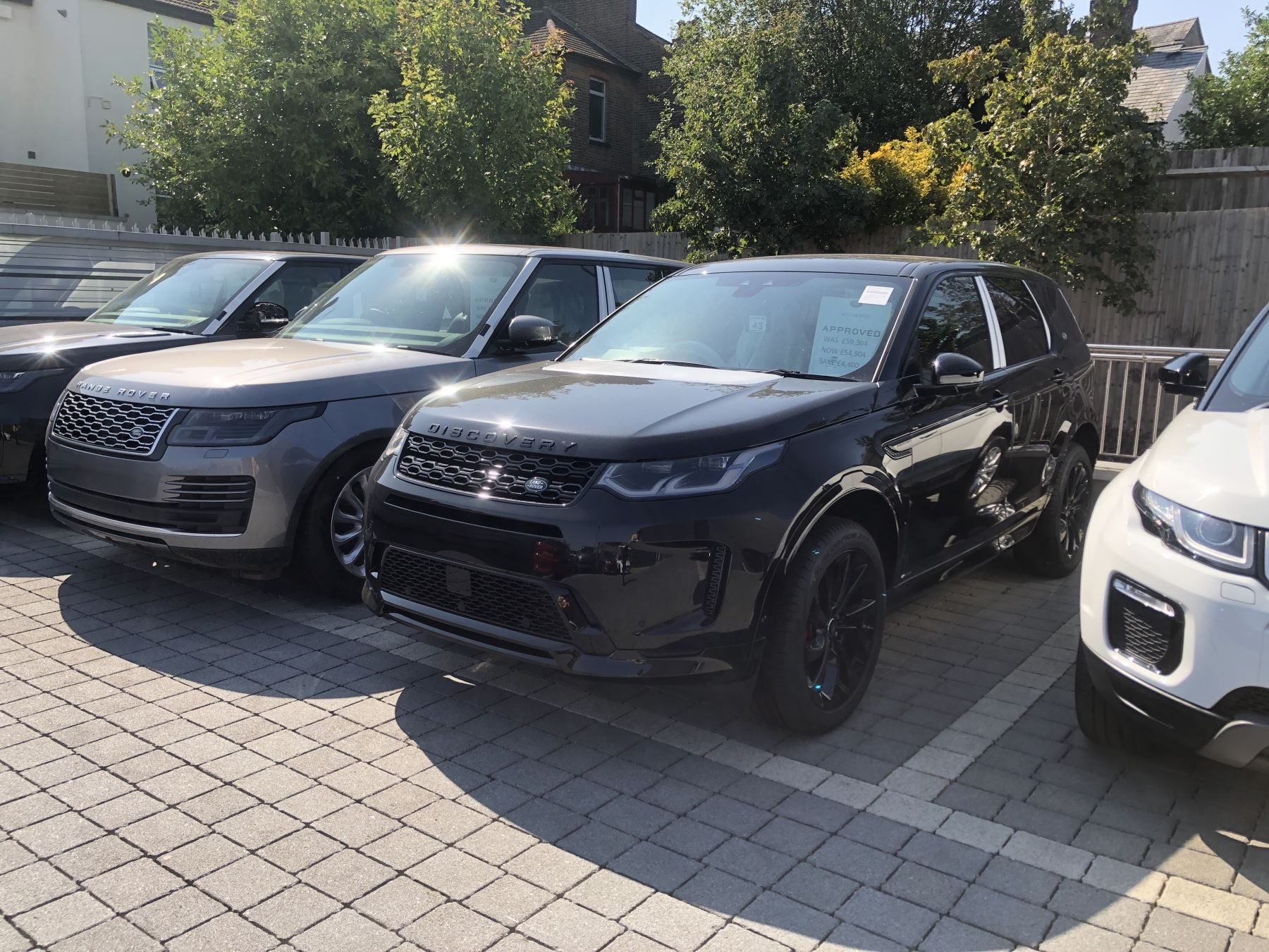 Land Rover Discovery Sport 2.0 D180 R-Dynamic HSE Diesel Automatic 5 door