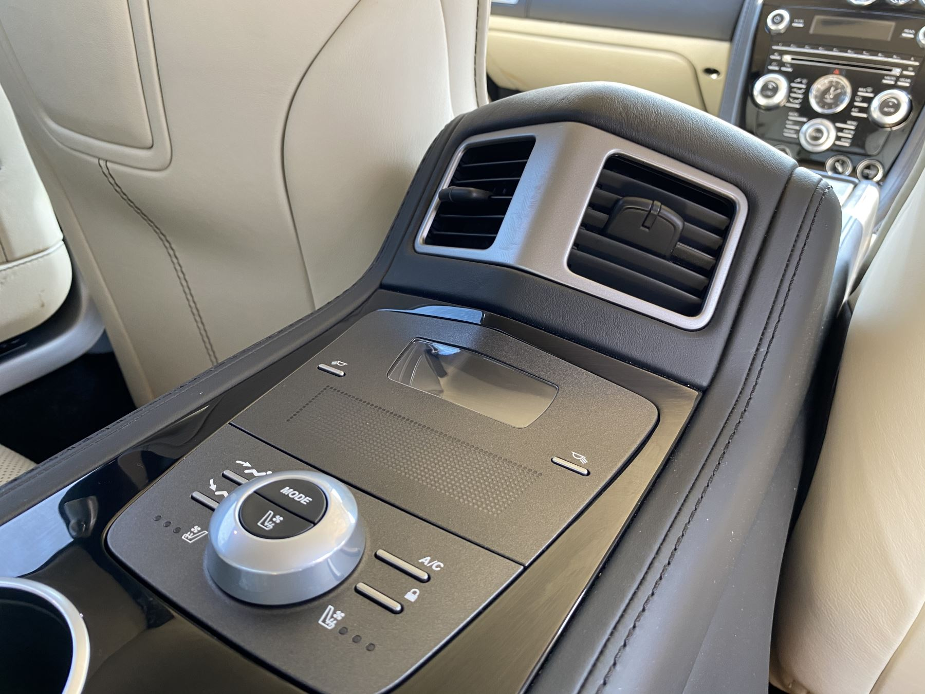 Aston Martin Rapide S V12 [552] 4dr Touchtronic III image 17