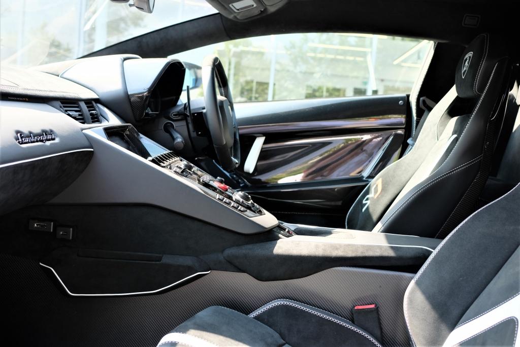 Lamborghini Aventador SVJ Coupe VAT Qualifying image 6