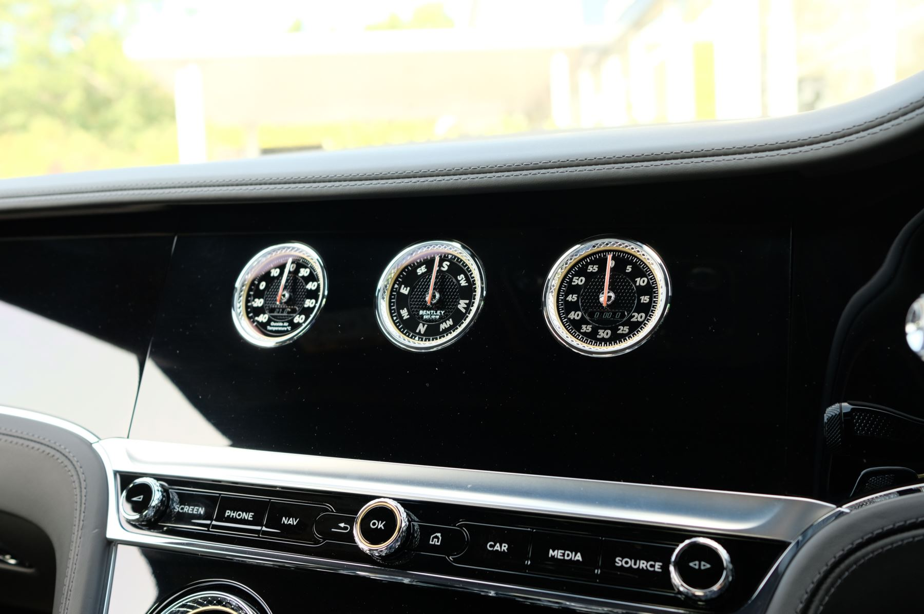Bentley Continental GTC 6.0 W12 2dr Mulliner Driving Specification image 18