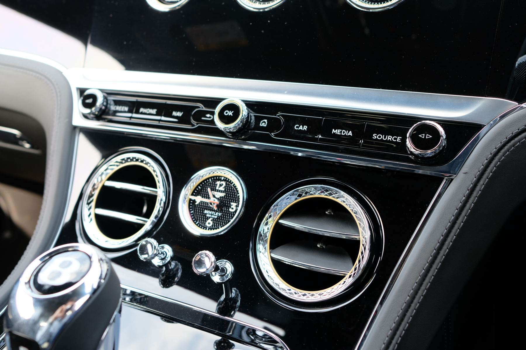 Bentley Continental GTC 6.0 W12 2dr Mulliner Driving Specification image 19