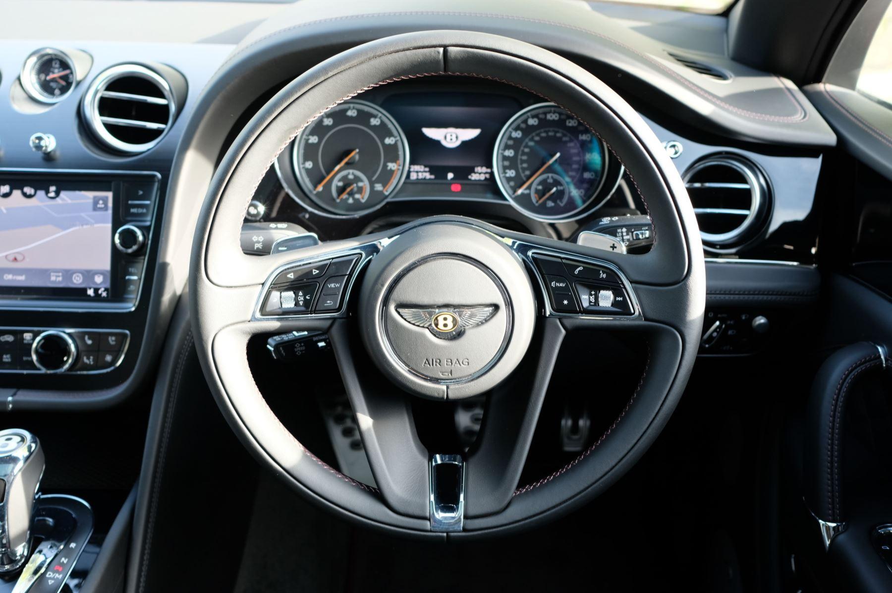 Bentley Bentayga V8 4.0 V8 5dr Mulliner Driving Specification image 15