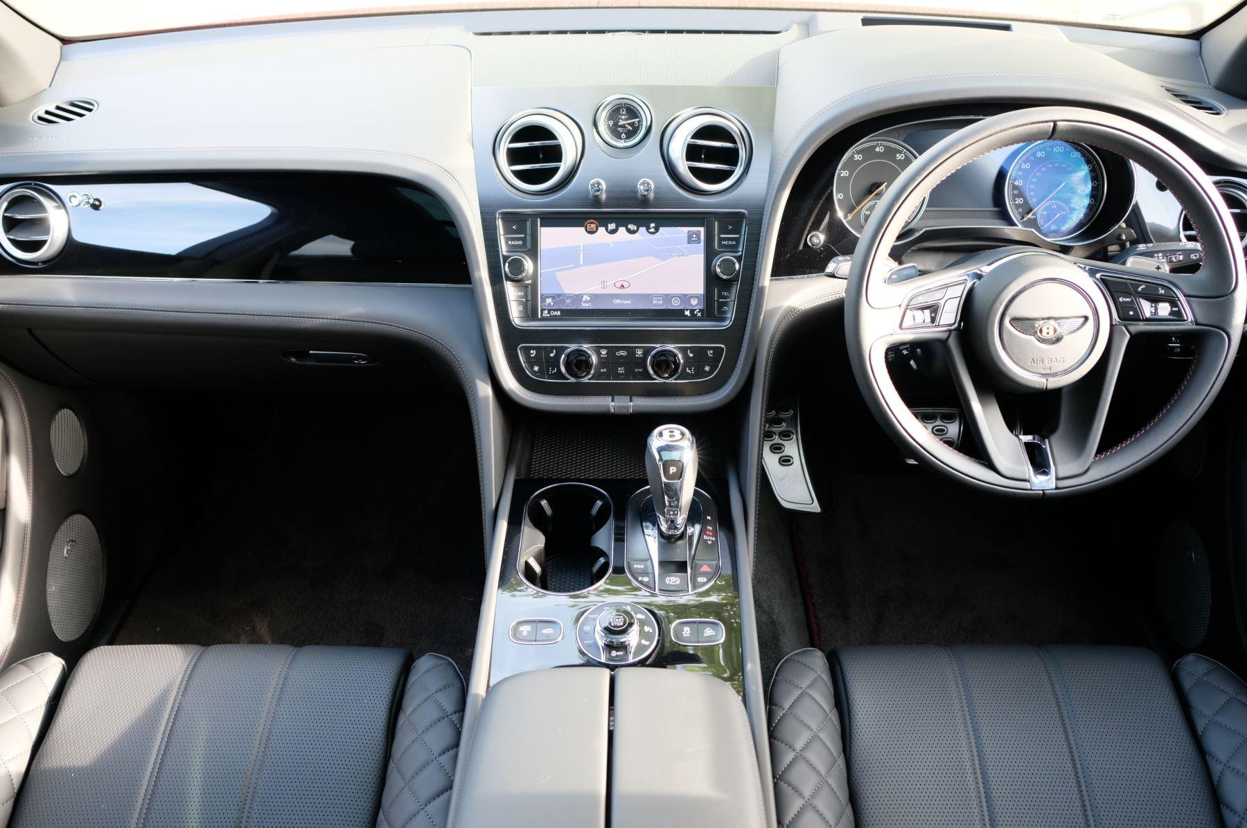 Bentley Bentayga V8 4.0 V8 5dr Mulliner Driving Specification image 13