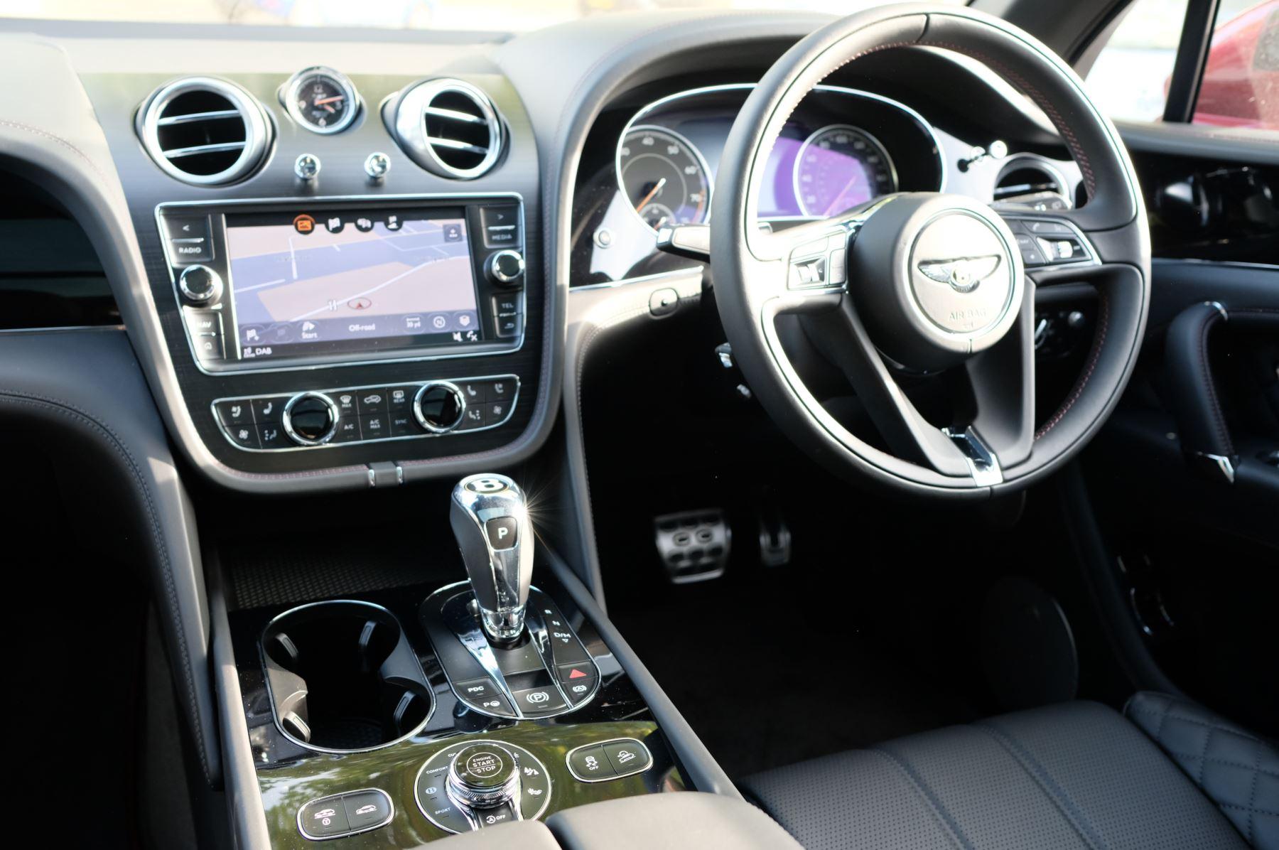 Bentley Bentayga V8 4.0 V8 5dr Mulliner Driving Specification image 11