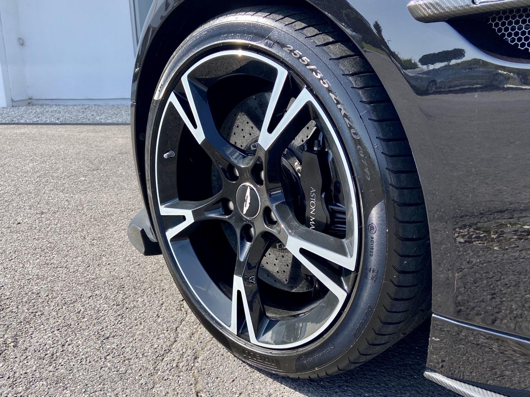Aston Martin Vanquish V12 [595] S 2dr Volante Touchtronic image 11