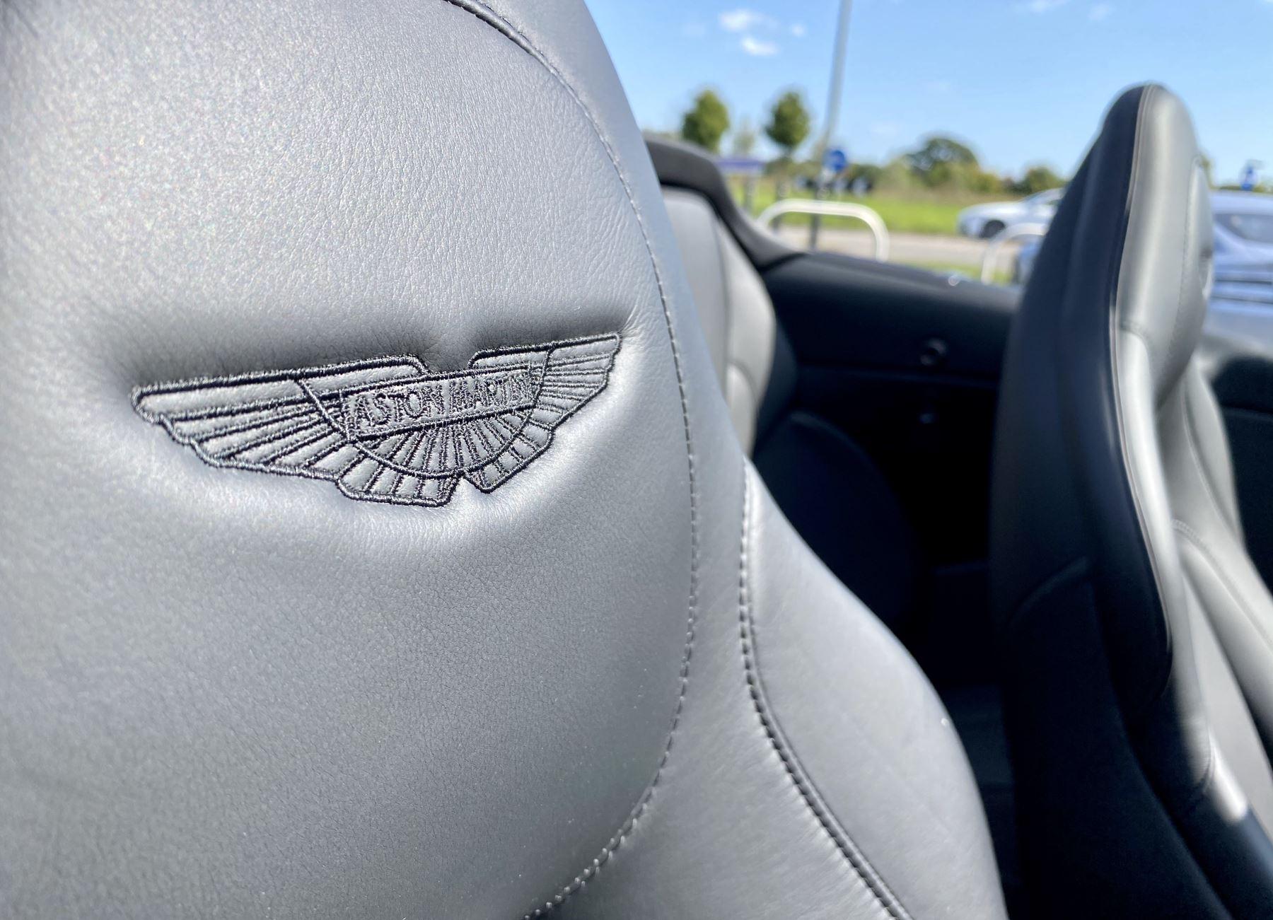 Aston Martin Vanquish V12 [595] S 2dr Volante Touchtronic image 16