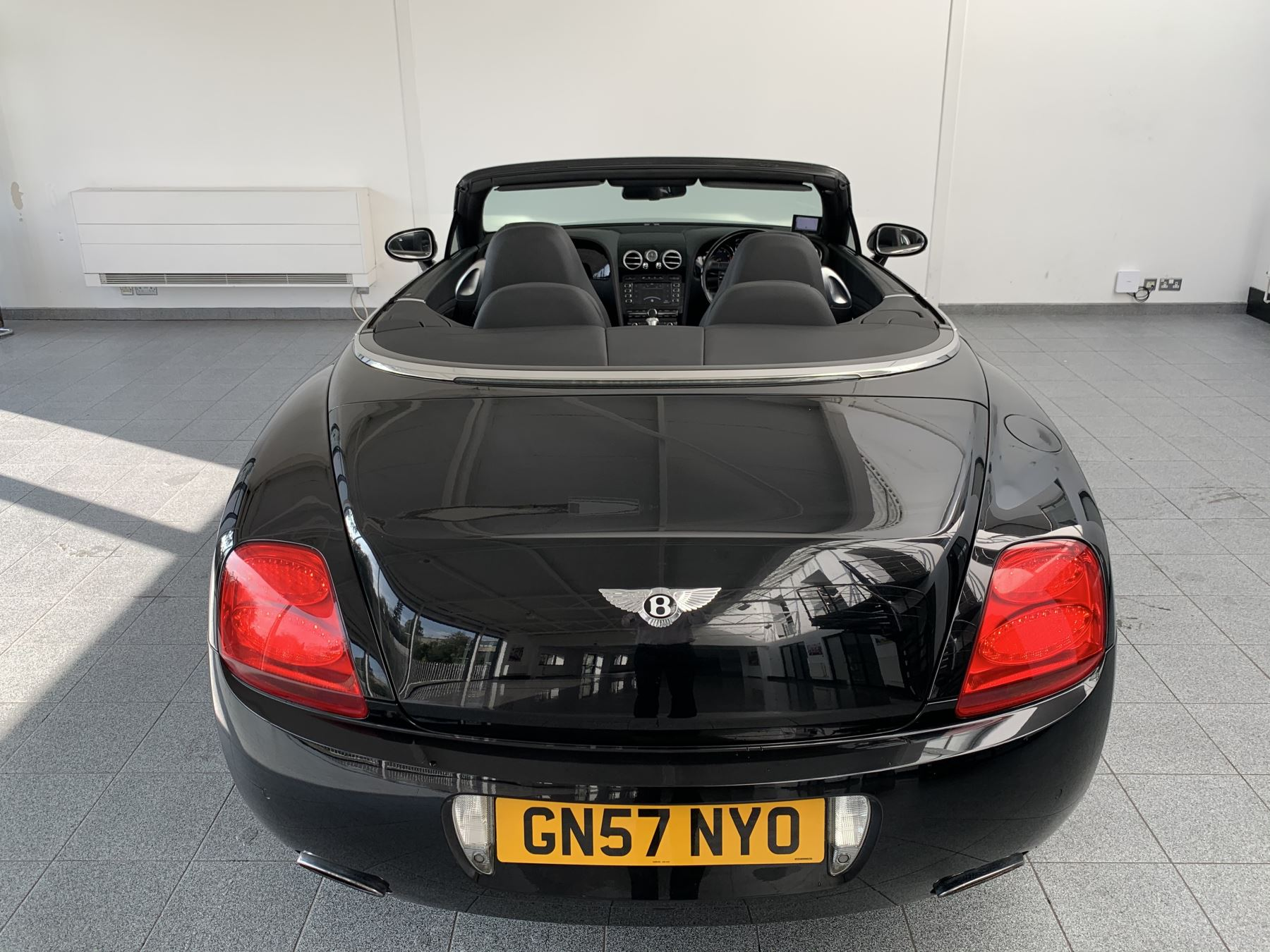 Bentley Continental GTC 6.0 W12 Mulliner 2dr image 9