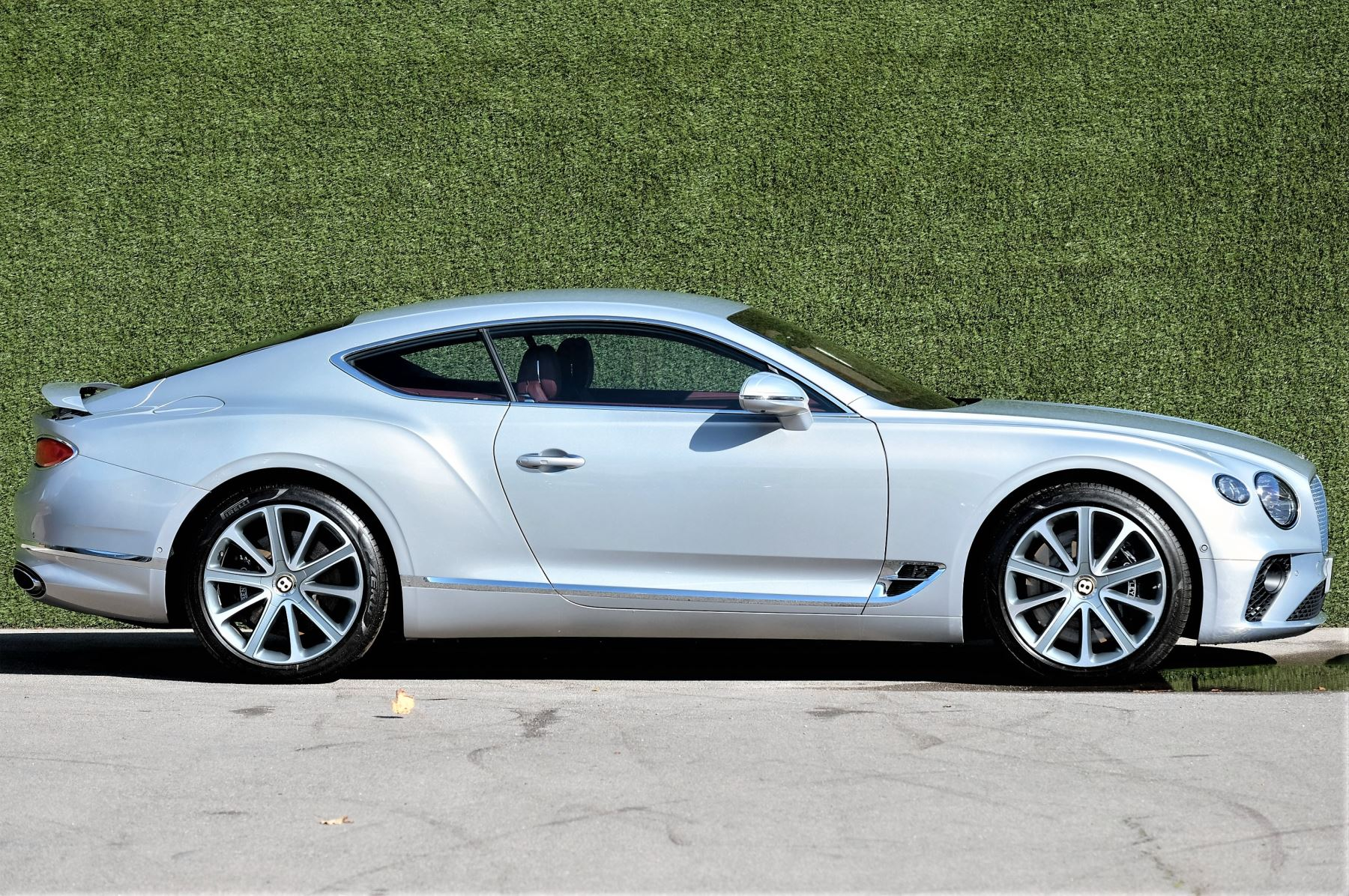 Bentley Continental GT 6.0 W12 Centenary, City and Touring Specification image 3