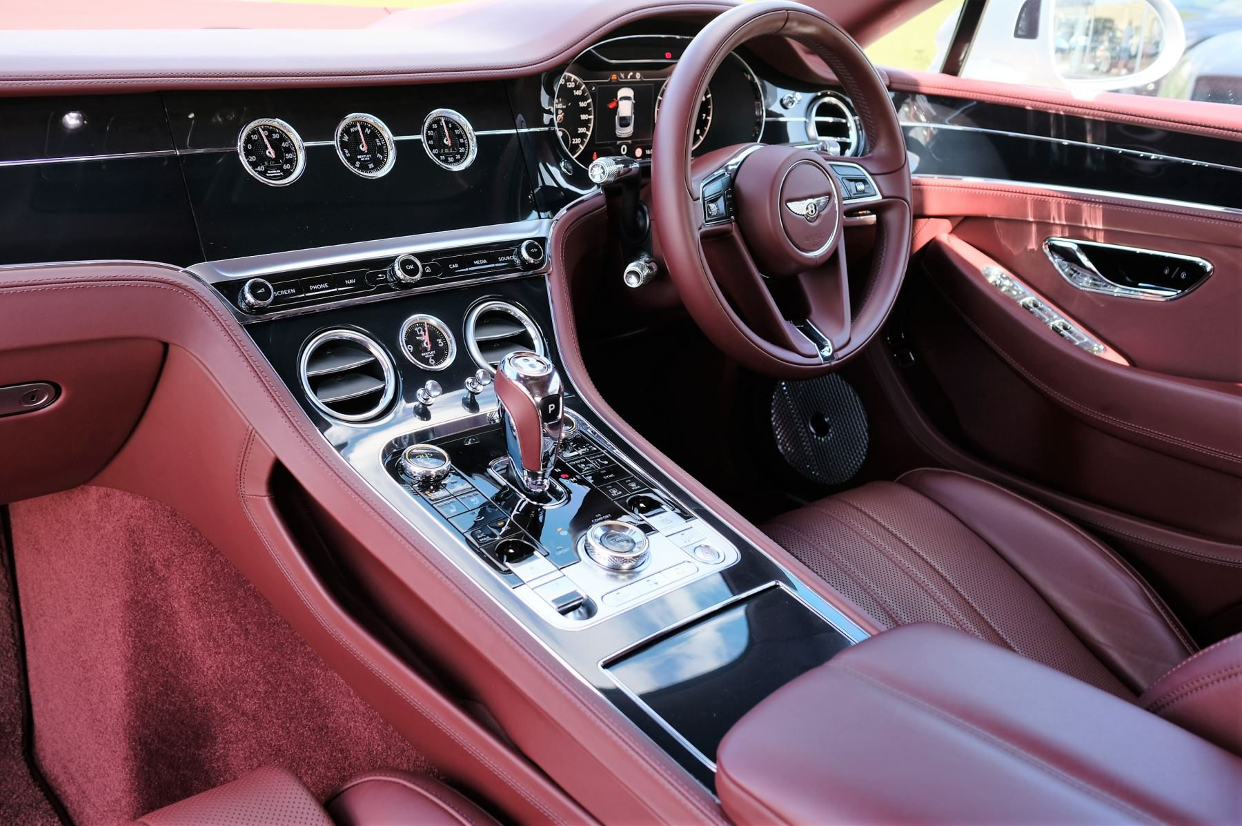 Bentley Continental GT 6.0 W12 Centenary, City and Touring Specification image 11