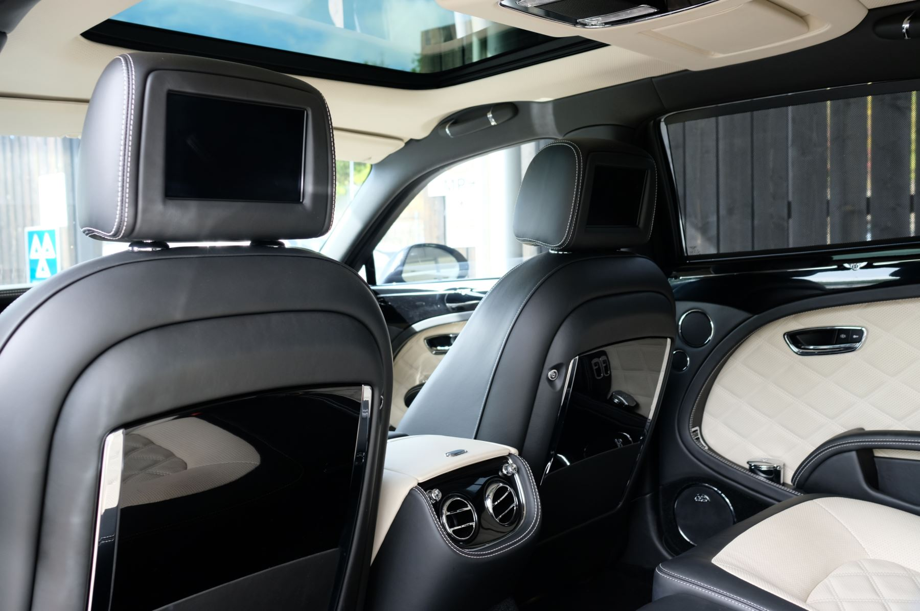 Bentley Mulsanne 6.8 V8 Speed image 14