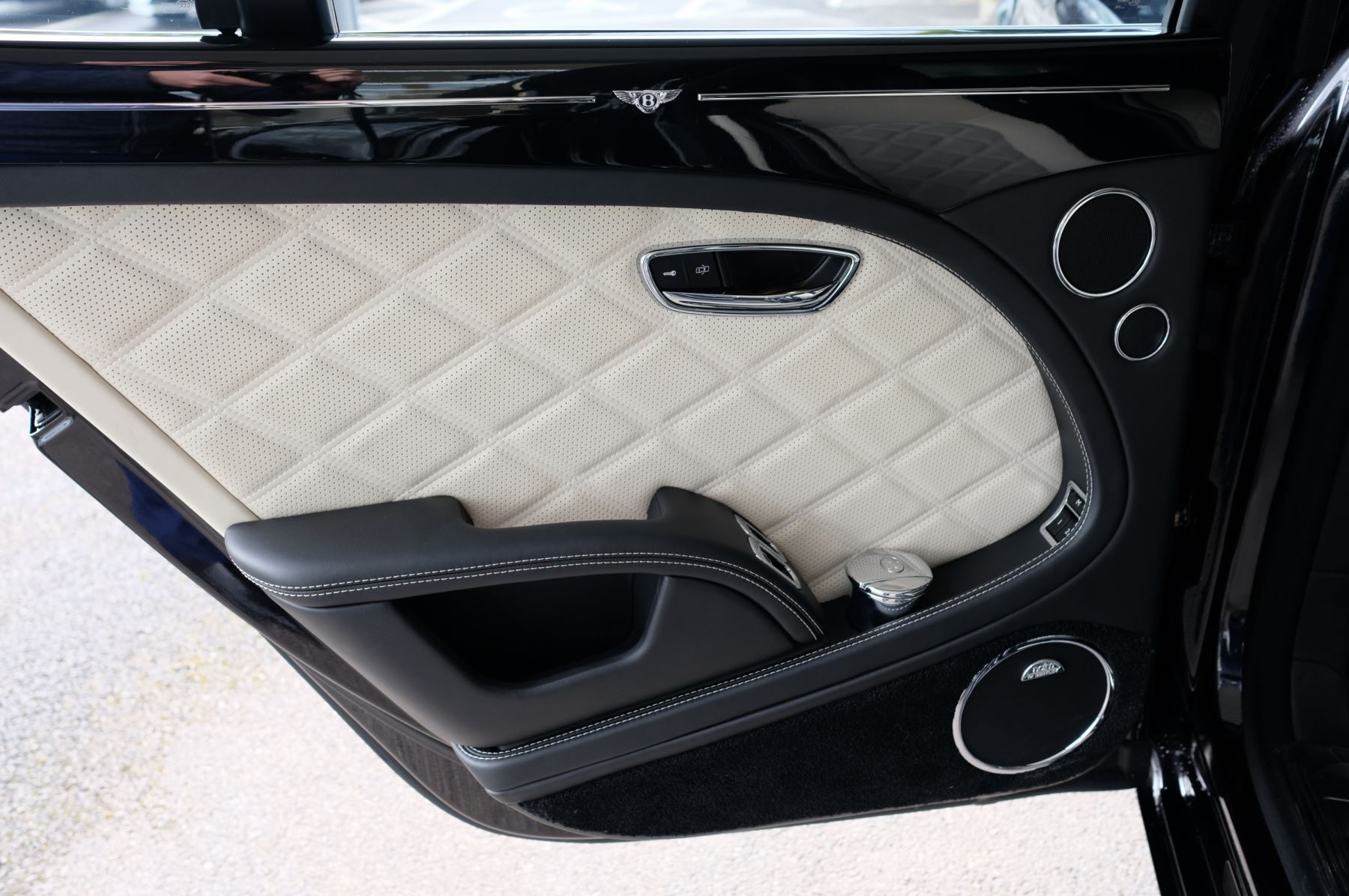 Bentley Mulsanne 6.8 V8 Speed image 21