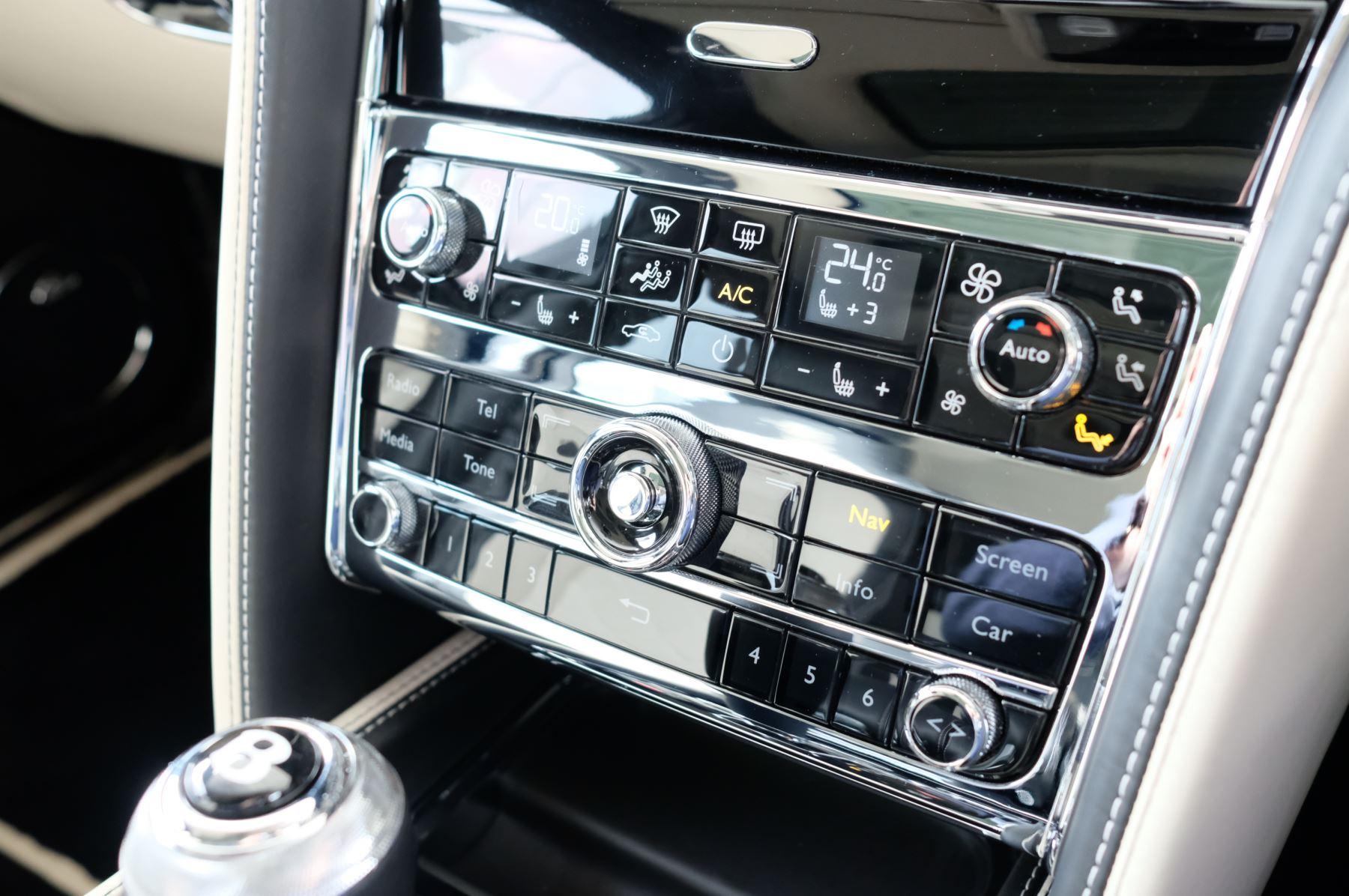 Bentley Mulsanne 6.8 V8 Speed image 36