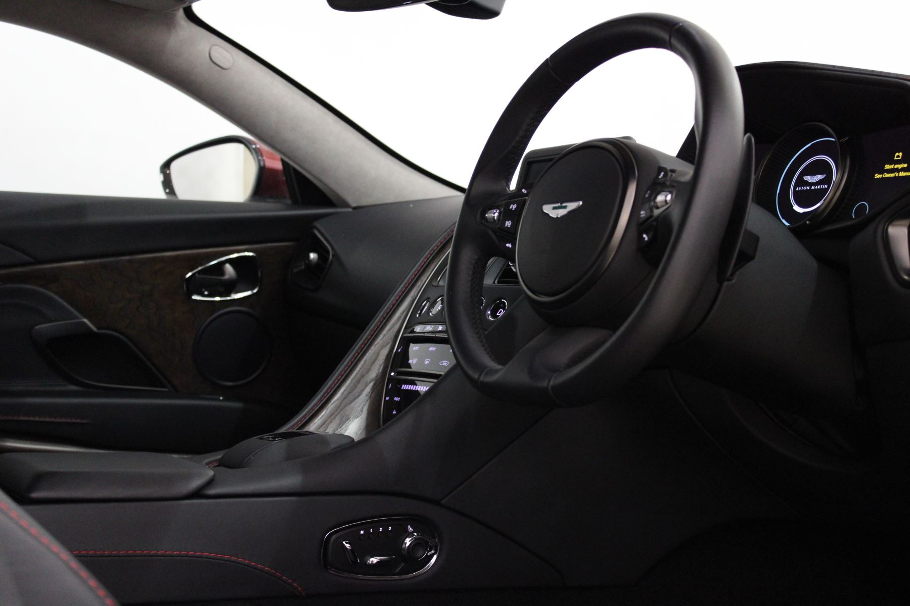 Aston Martin DB11 V12 2dr Touchtronic image 29