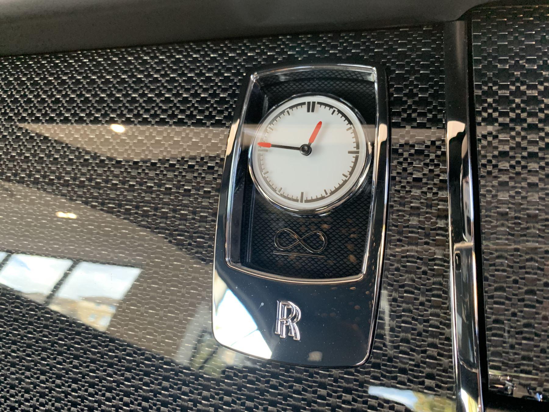 Rolls-Royce Black Badge Wraith V12 image 28
