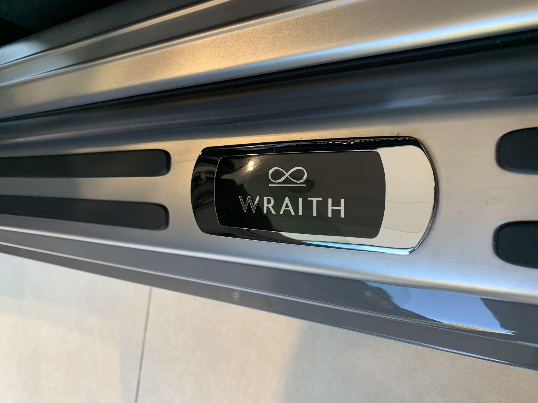 Rolls-Royce Black Badge Wraith V12 image 31