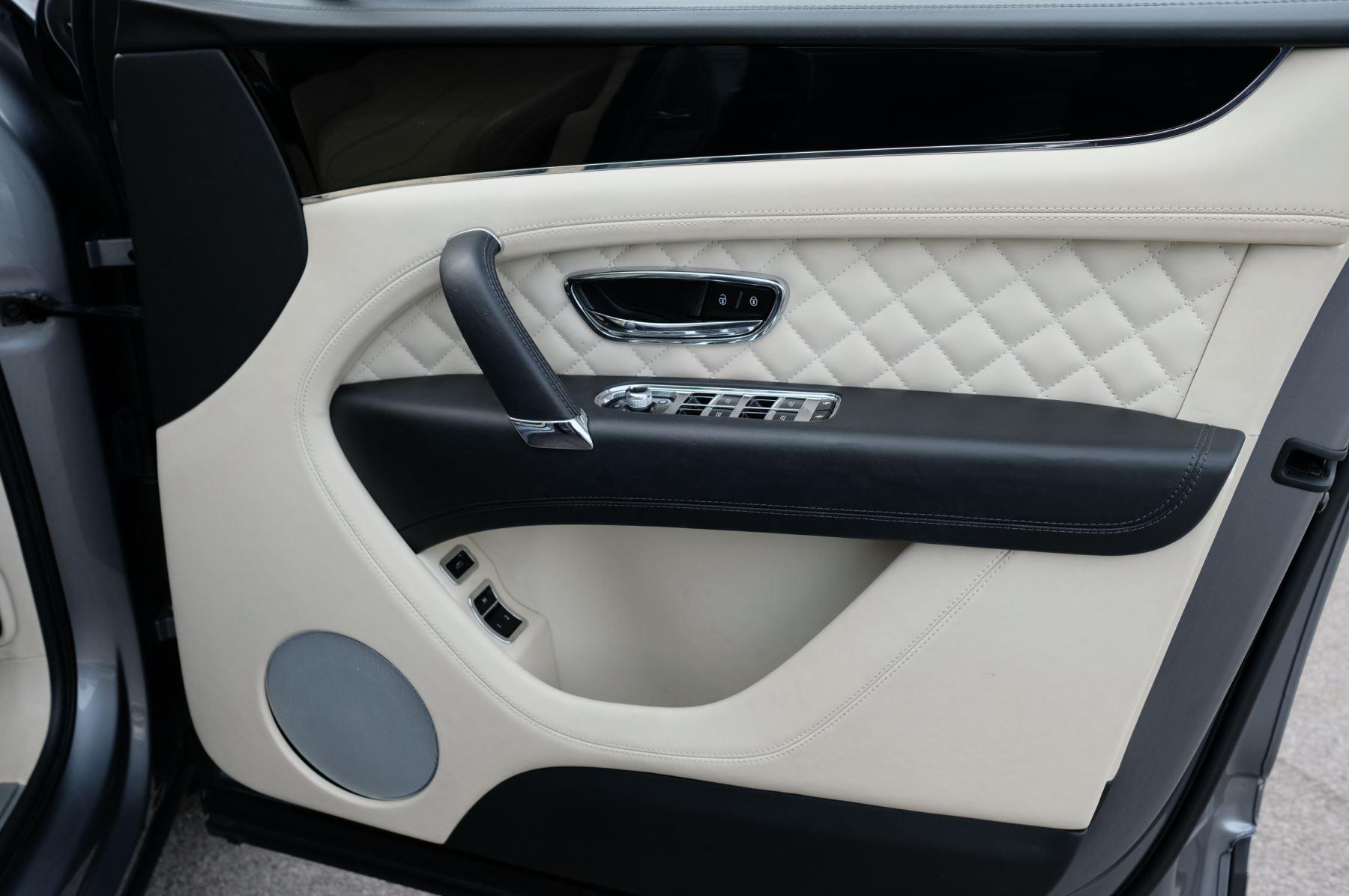 Bentley Bentayga 6.0 W12 5dr image 23