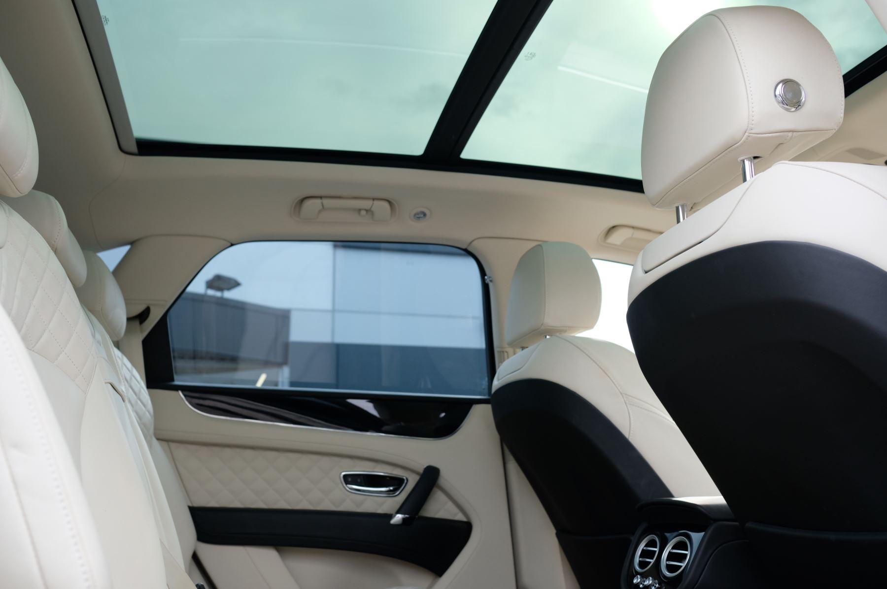 Bentley Bentayga 6.0 W12 5dr image 25