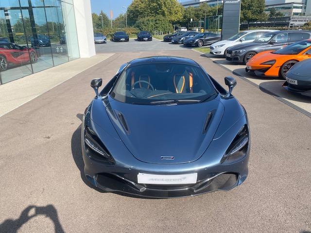 McLaren 720S V8 2dr SSG image 2