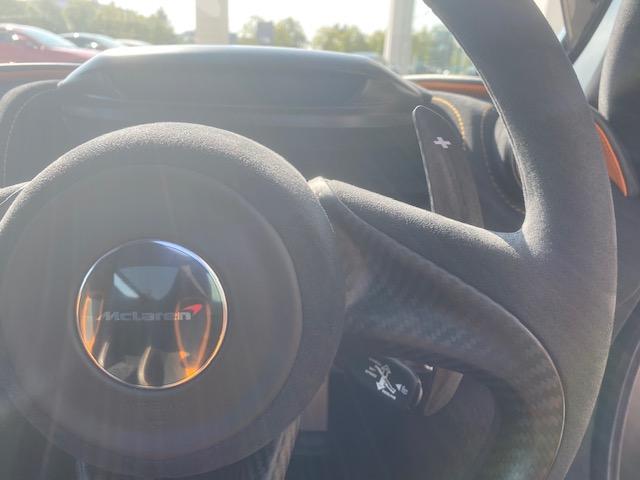 McLaren 720S V8 2dr SSG image 19