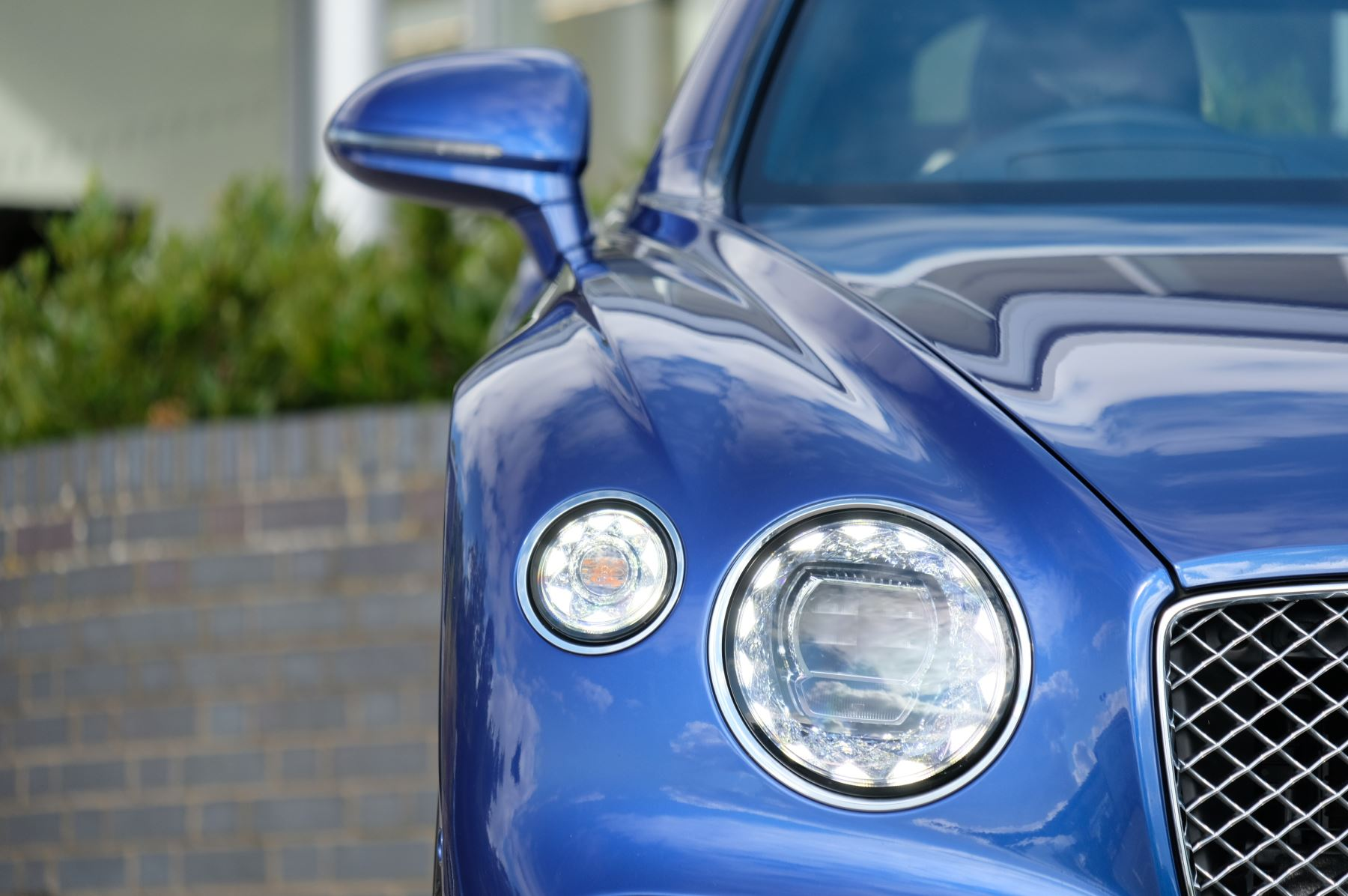 Bentley Continental GT 4.0 V8 2dr Mulliner Driving Specification image 6