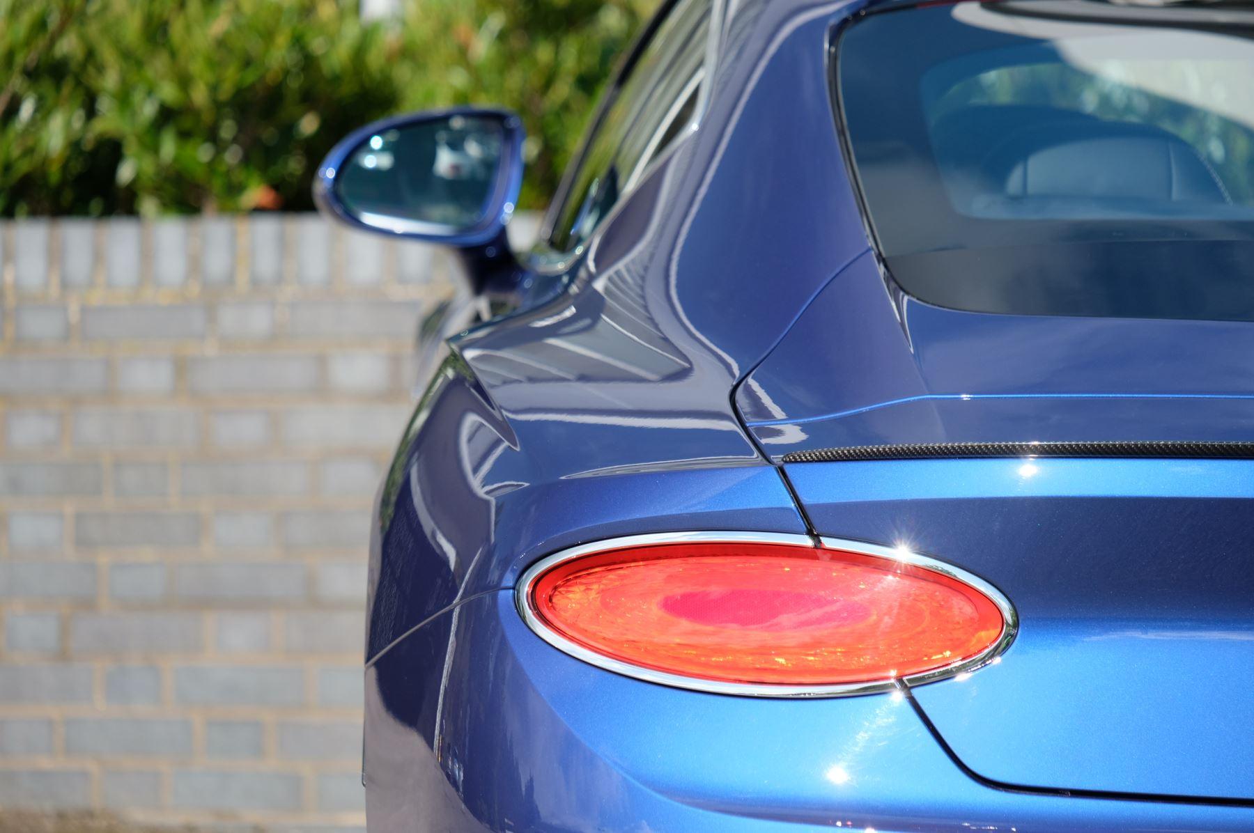 Bentley Continental GT 4.0 V8 2dr Mulliner Driving Specification image 7