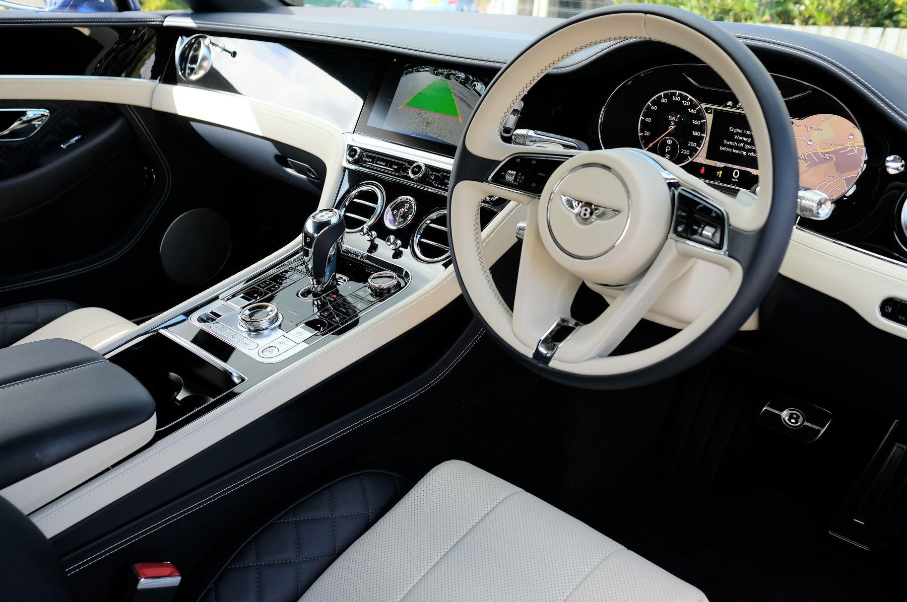 Bentley Continental GT 4.0 V8 2dr Mulliner Driving Specification image 12