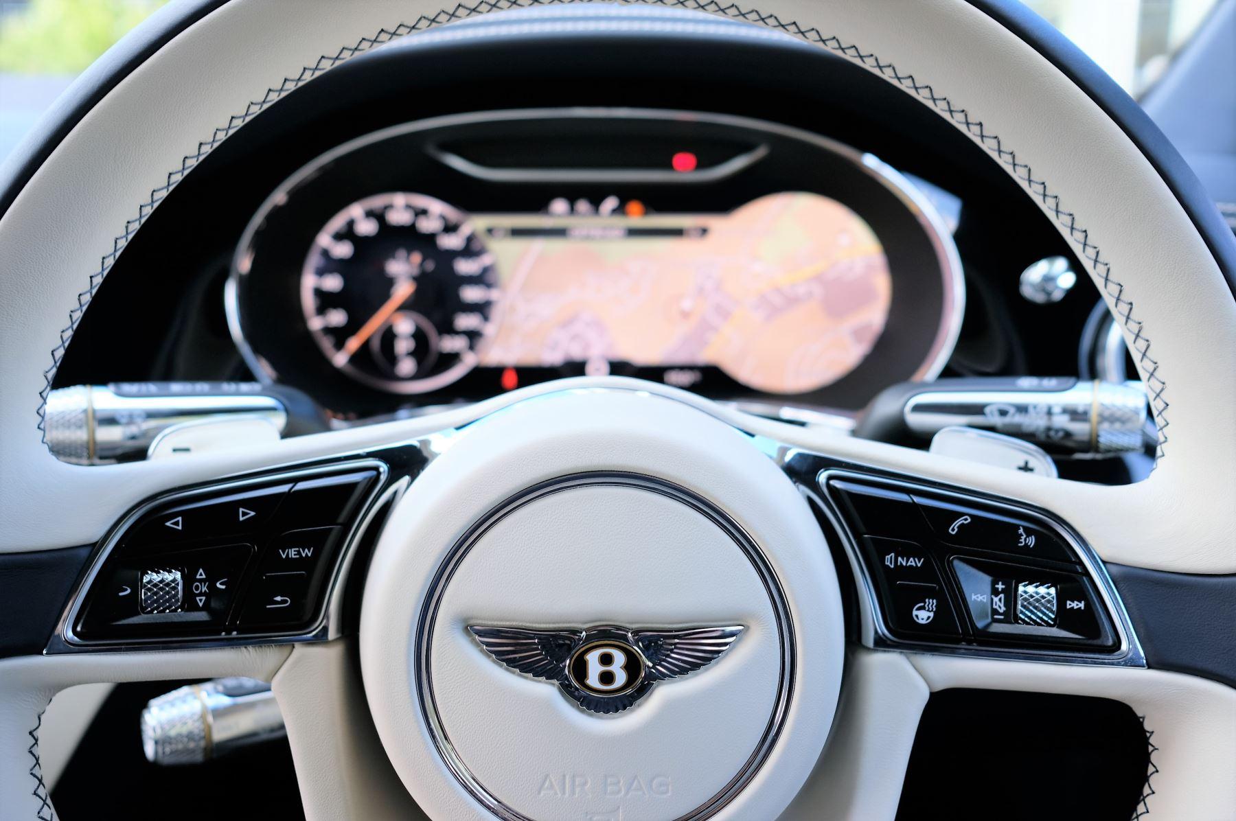 Bentley Continental GT 4.0 V8 2dr Mulliner Driving Specification image 17
