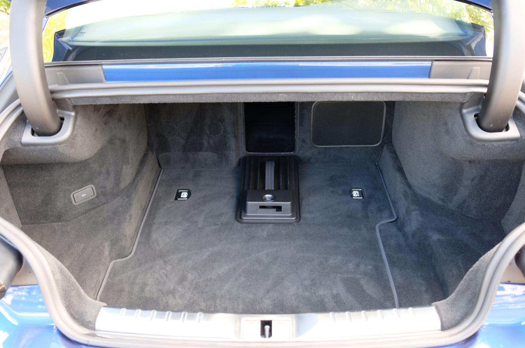 Bentley Continental GT 4.0 V8 2dr Mulliner Driving Specification image 9
