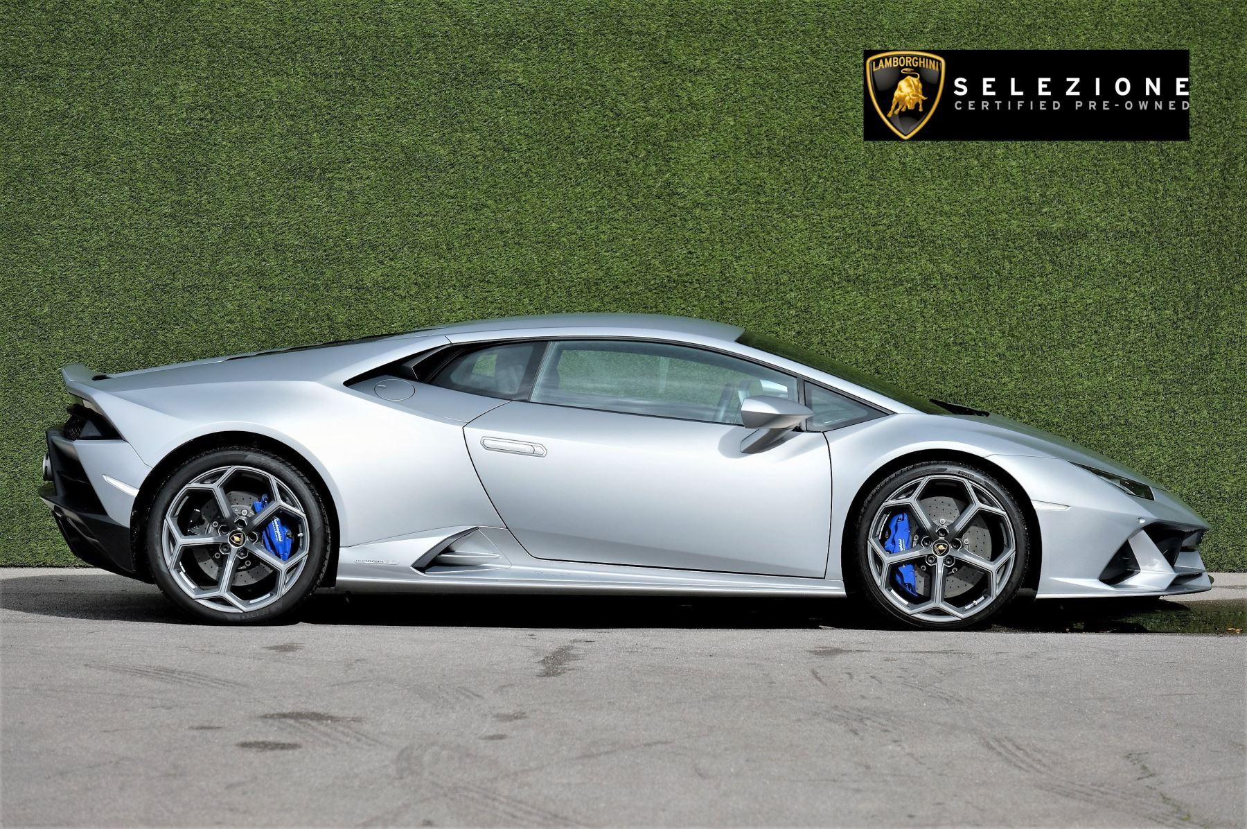 Lamborghini Huracan EVO LP 640-4 5.2 image 2