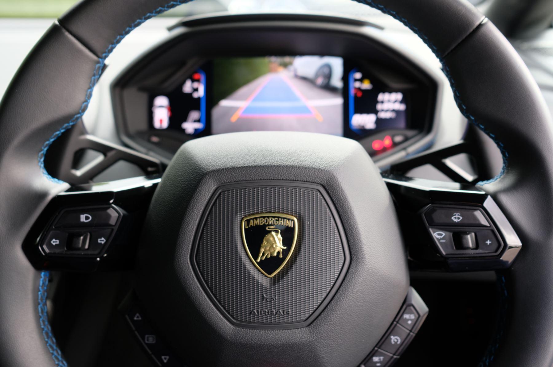 Lamborghini Huracan EVO LP 640-4 5.2 image 15