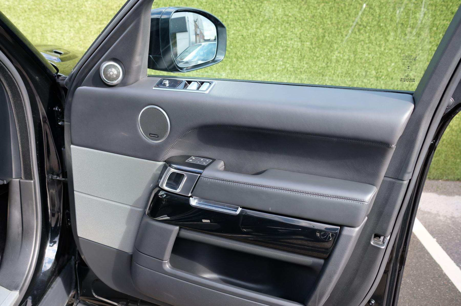 Land Rover Range Rover Sport 3.0 SDV6 Autobiography Dynamic 5dr image 22