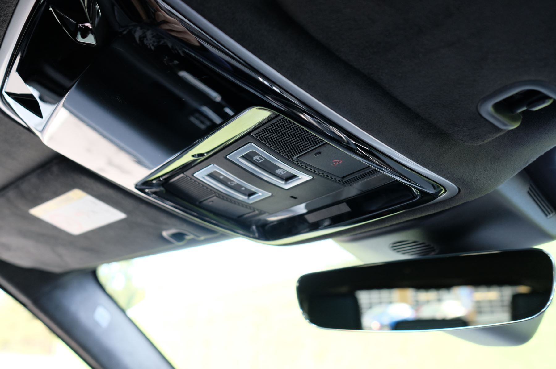 Land Rover Range Rover Sport 3.0 SDV6 Autobiography Dynamic 5dr image 30