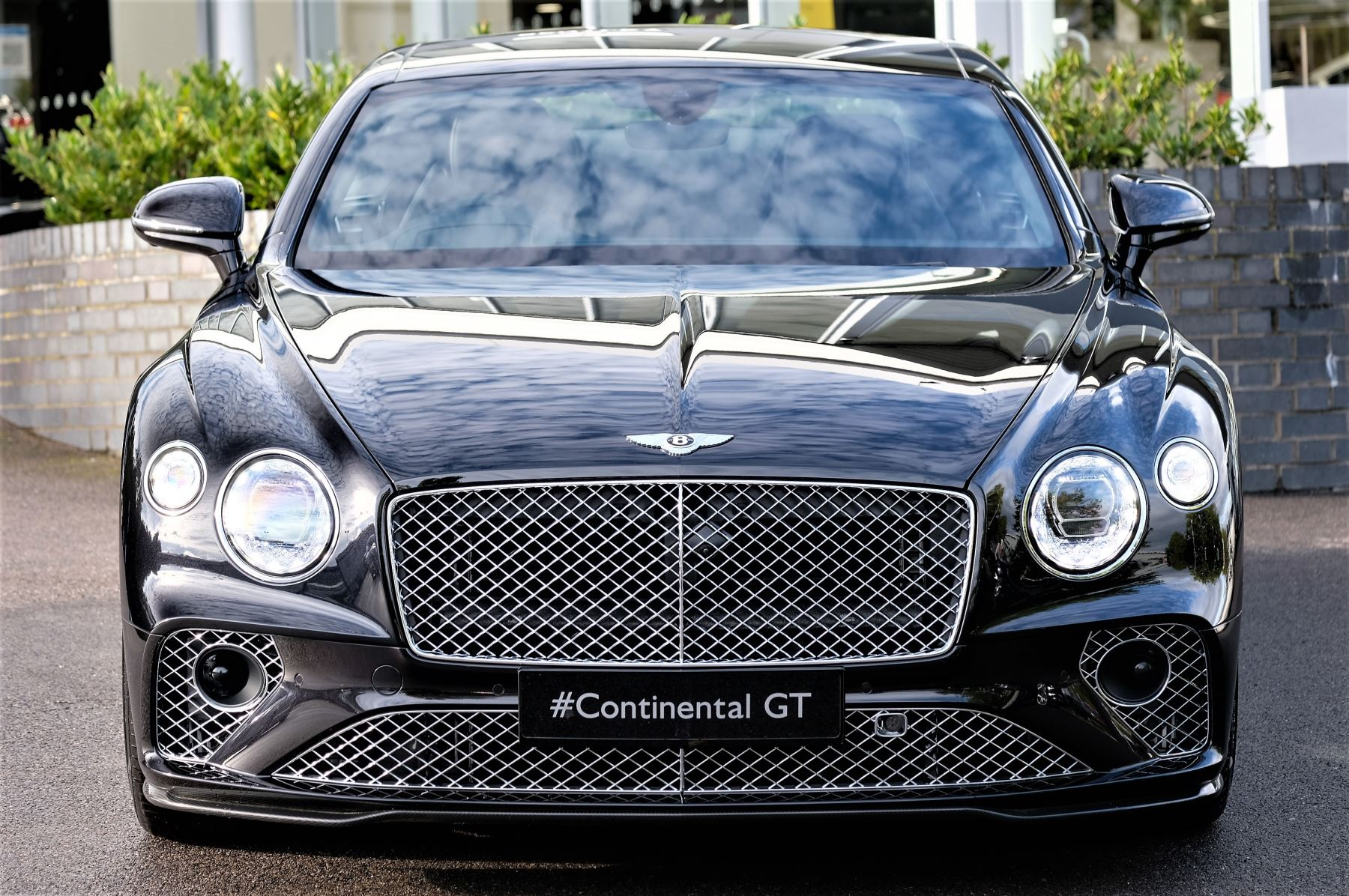 Bentley Continental GT 4.0 V8 2dr Auto [City+Touring Spec] image 2