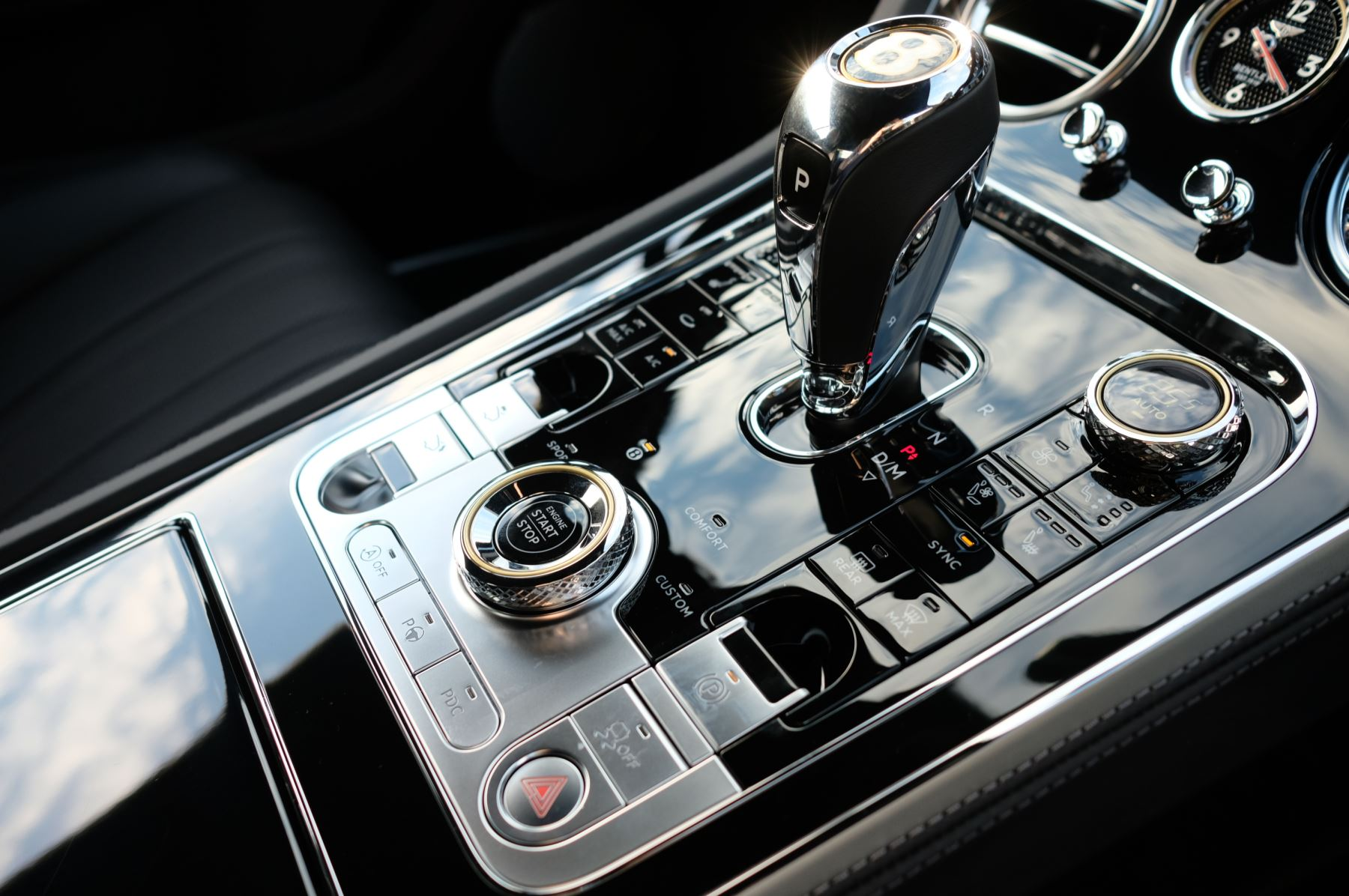 Bentley Continental GT 4.0 V8 2dr Auto [City+Touring Spec] image 19