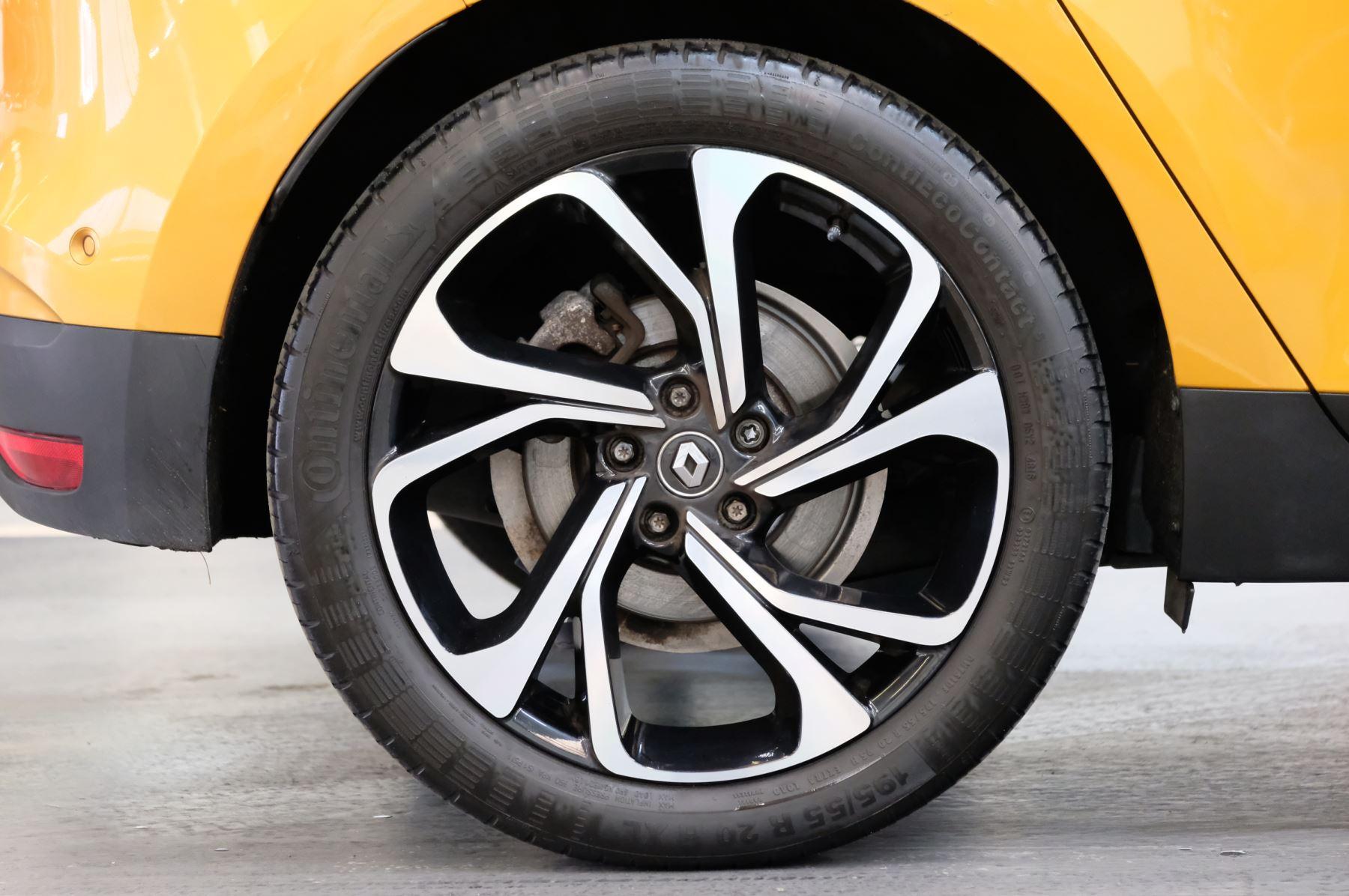 Renault Scenic 1.6 dCi Signature Nav 5dr image 8