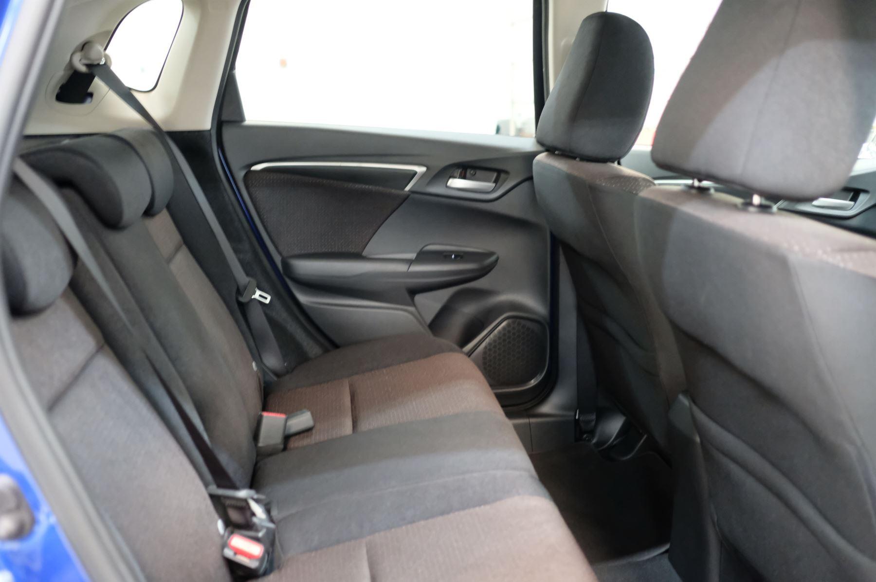 Honda Jazz 1.3 EX 5dr image 11
